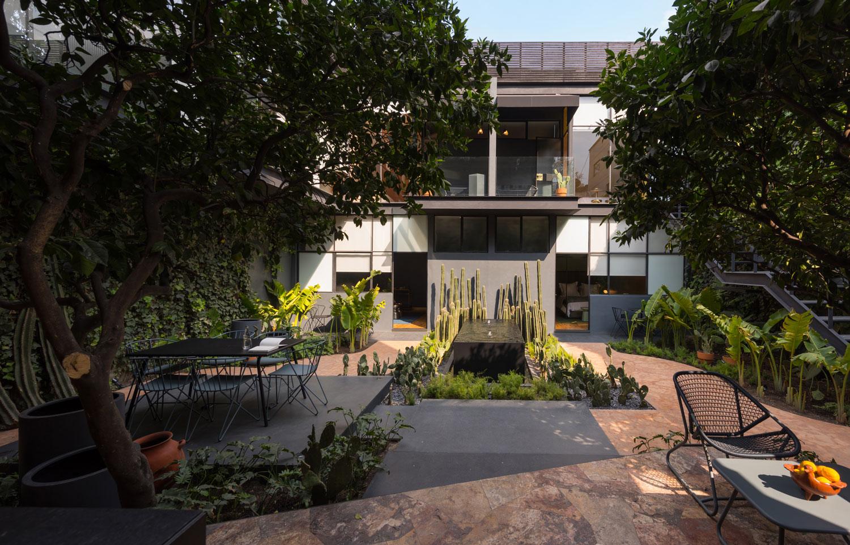 Ignacia Guesthouse by Factor Efficiencia A-G   Yellowtrace