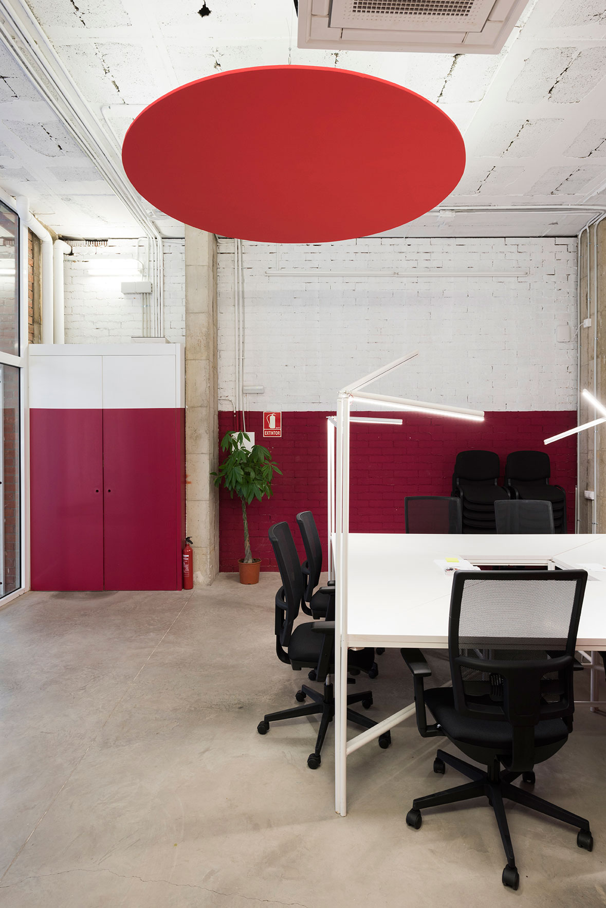 Sin rgics social co working space in barcelona by casa for Space and co