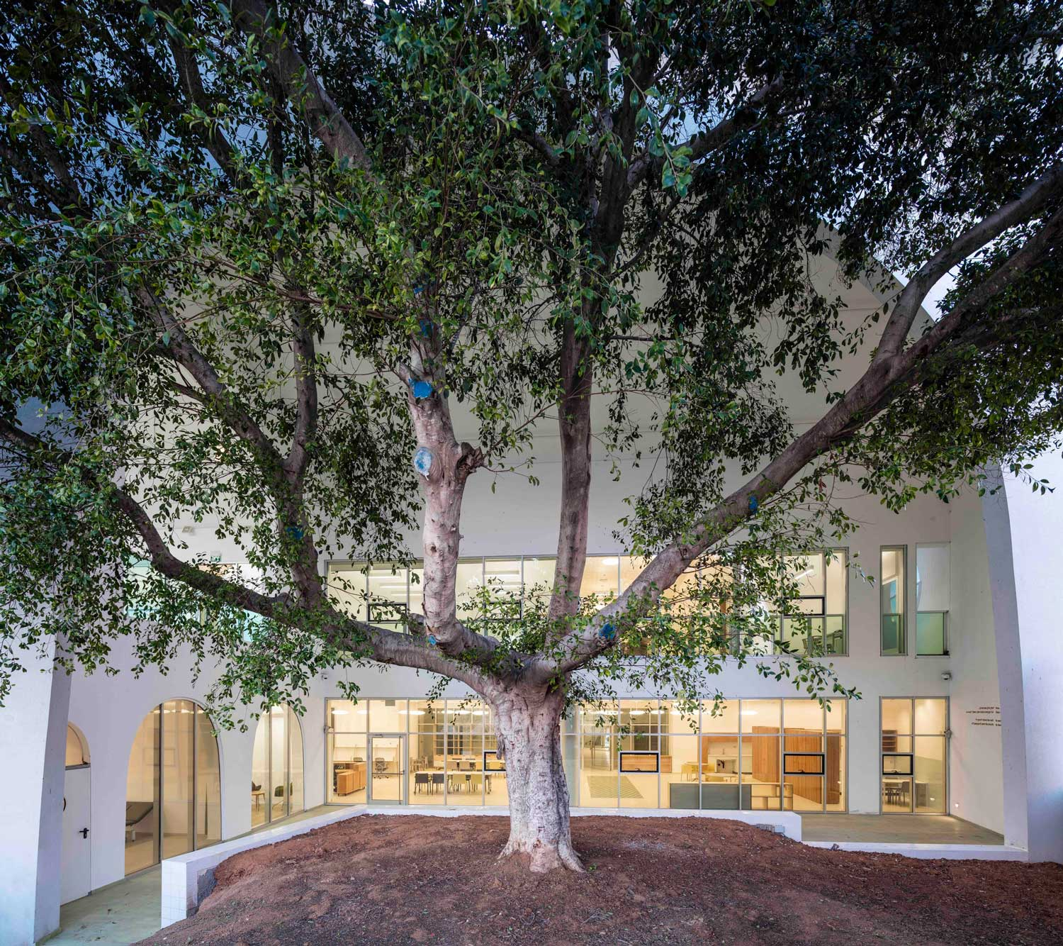 Ezra Lemarpe Medical Rehabilitation Center by Weinstein Vaadia Architects | Yellowtrace