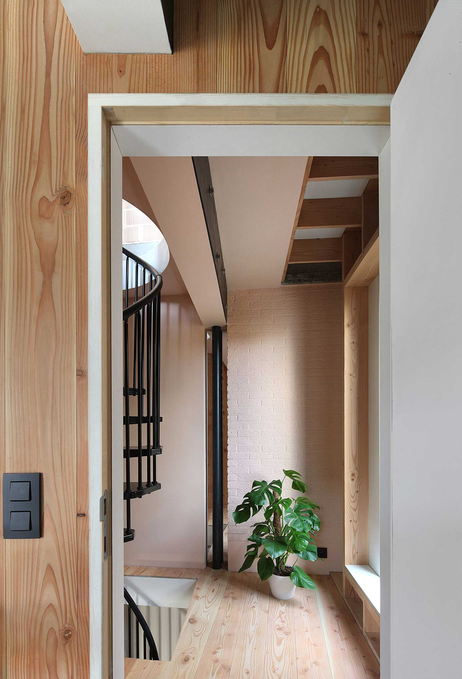 Huik House and B&B in Antwerp, Belgium by Architecten de Vylder Vinck Taillieu | Yellowtrace