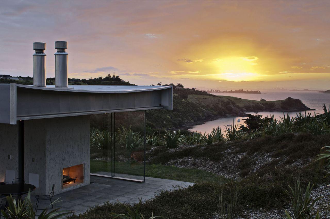 Island Retreat by Fearon Hay Architects   Yellowtrace