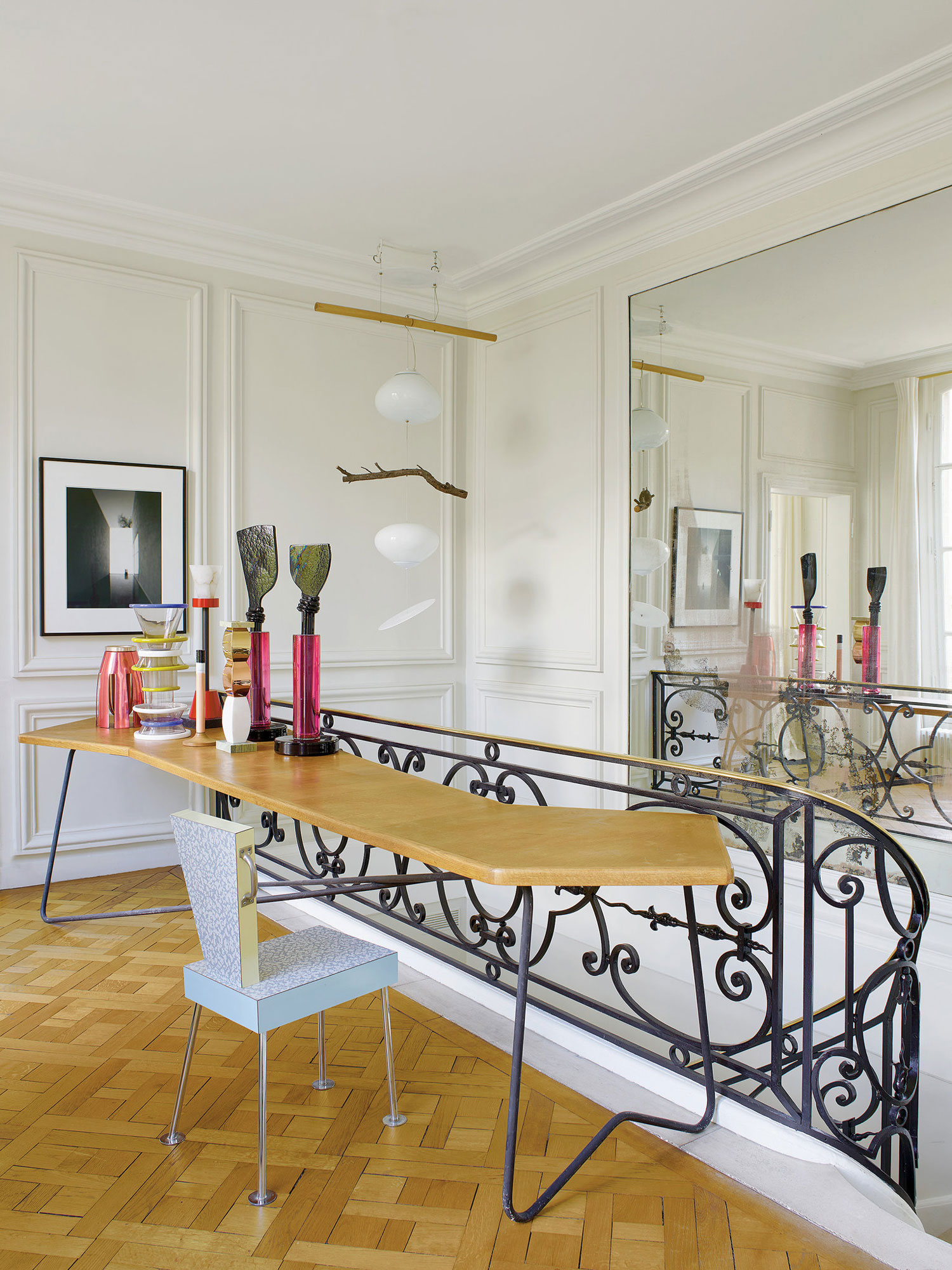 Memphis Design Meets Ornate 18th Century Parisian Apartment | Yellowtrace