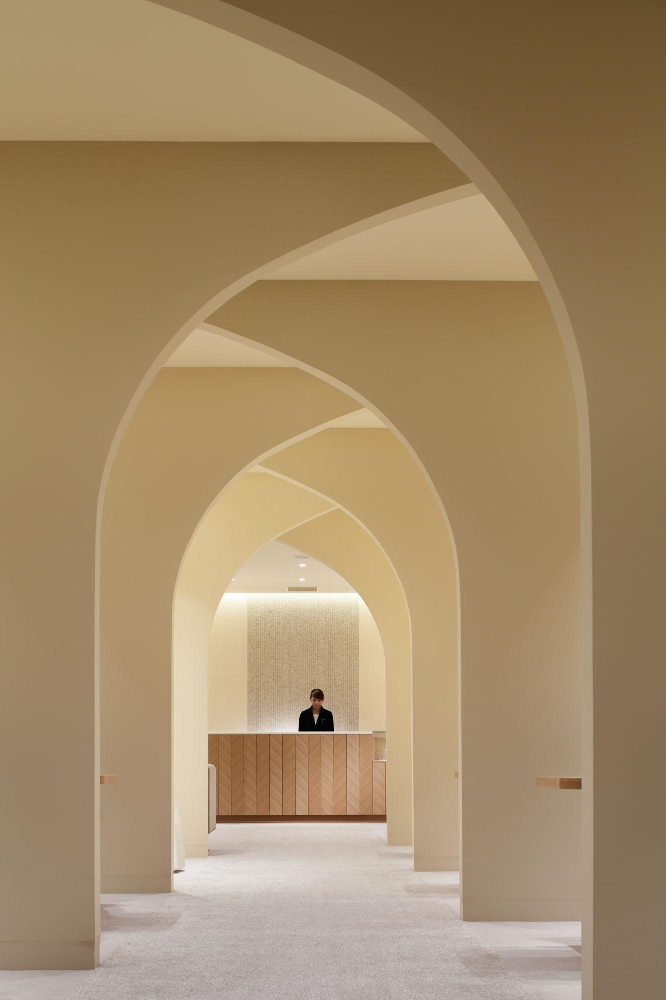 Wedding Planning Venue by Ryo Matsui Architects | Yellowtrace