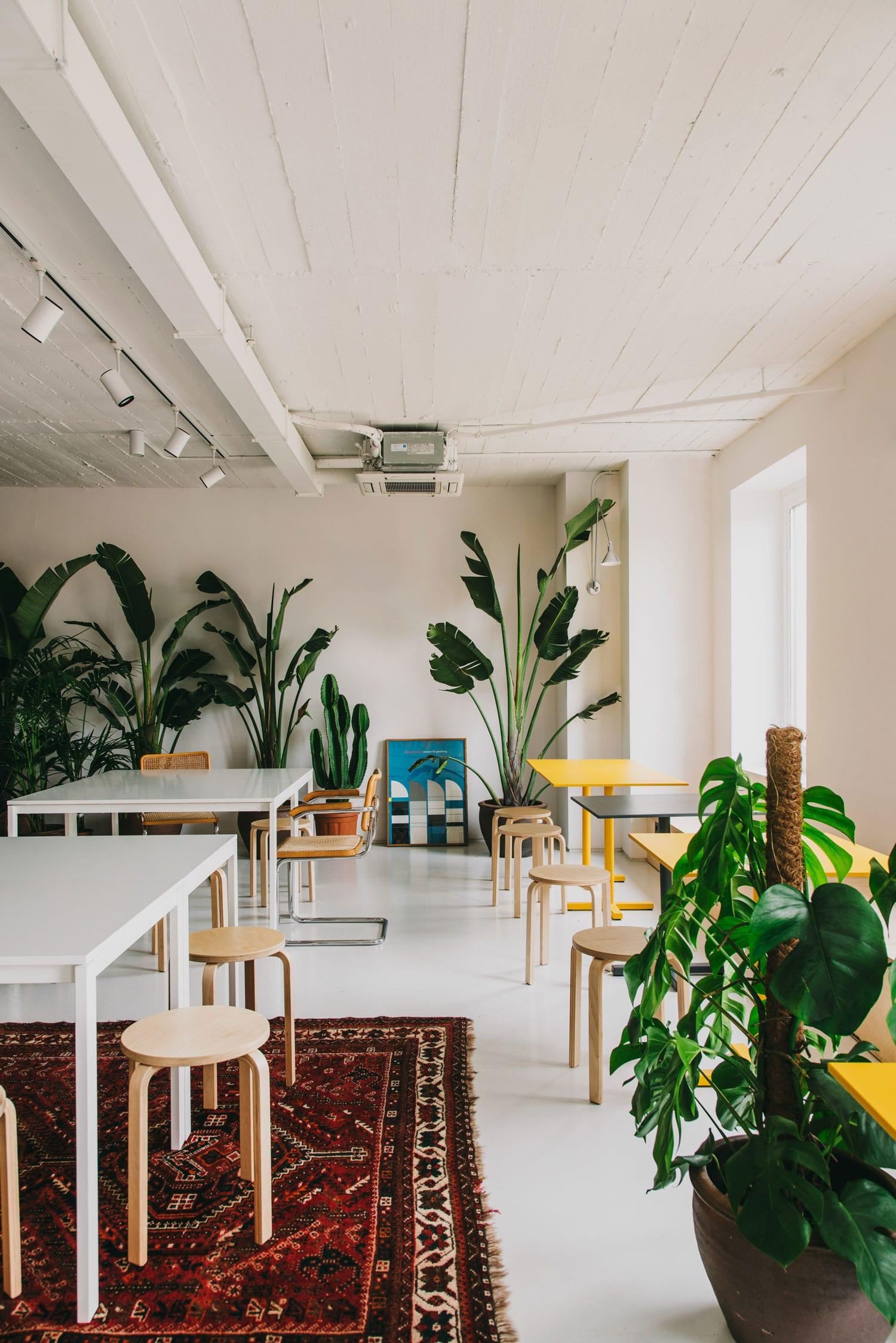 CLOUD Coworking in Barcelona, Spain by MESURA | Yellowtrace