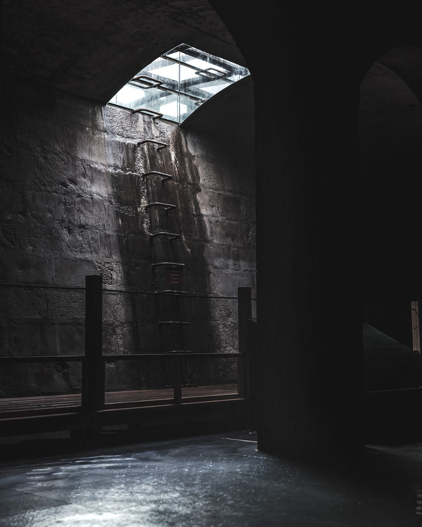 Building with Sun, Water and Air: Hiroshi Sambuichi's Subterranean Installation at The Cisterns in Frederiksberg | Yellowtrace