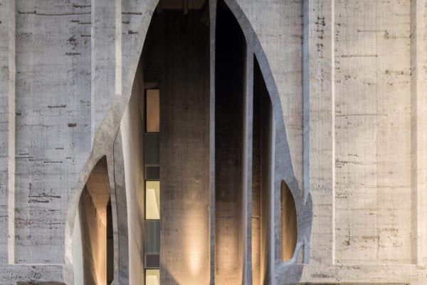 Zeitz MOCAA Cape Town by Studio Heatherwick Set Within a Giant Disused Grain Silo | Yellowtrace