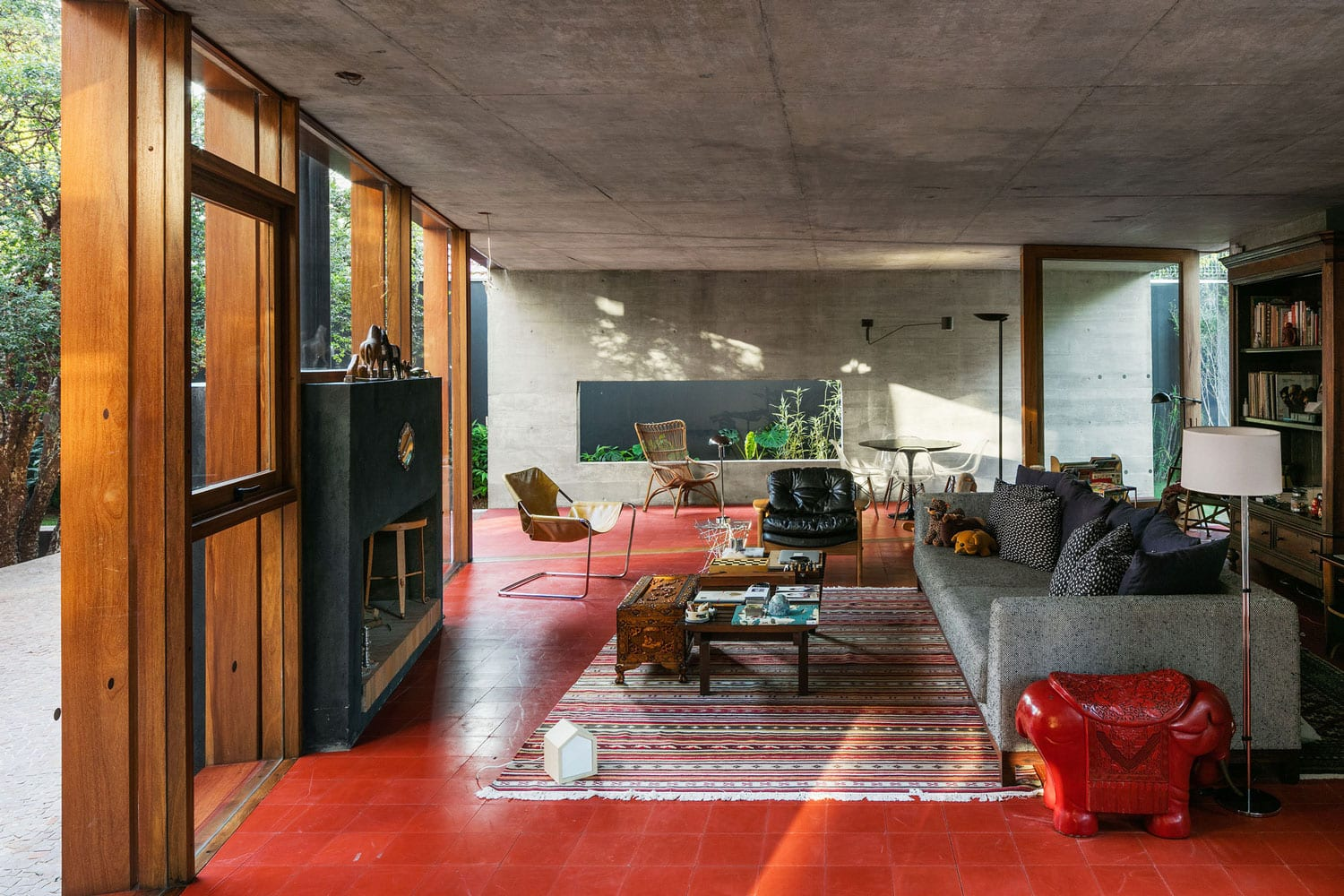 239 House in São Paulo, Brazil by UNA Arquitetos | Yellowtrace