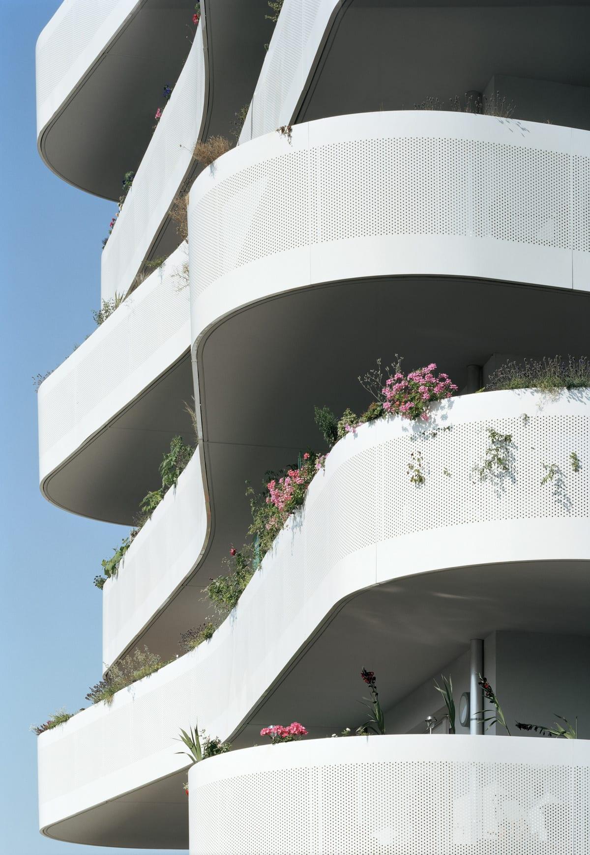 ZAC du Coteau by ECDM Architects | Yellowtrace