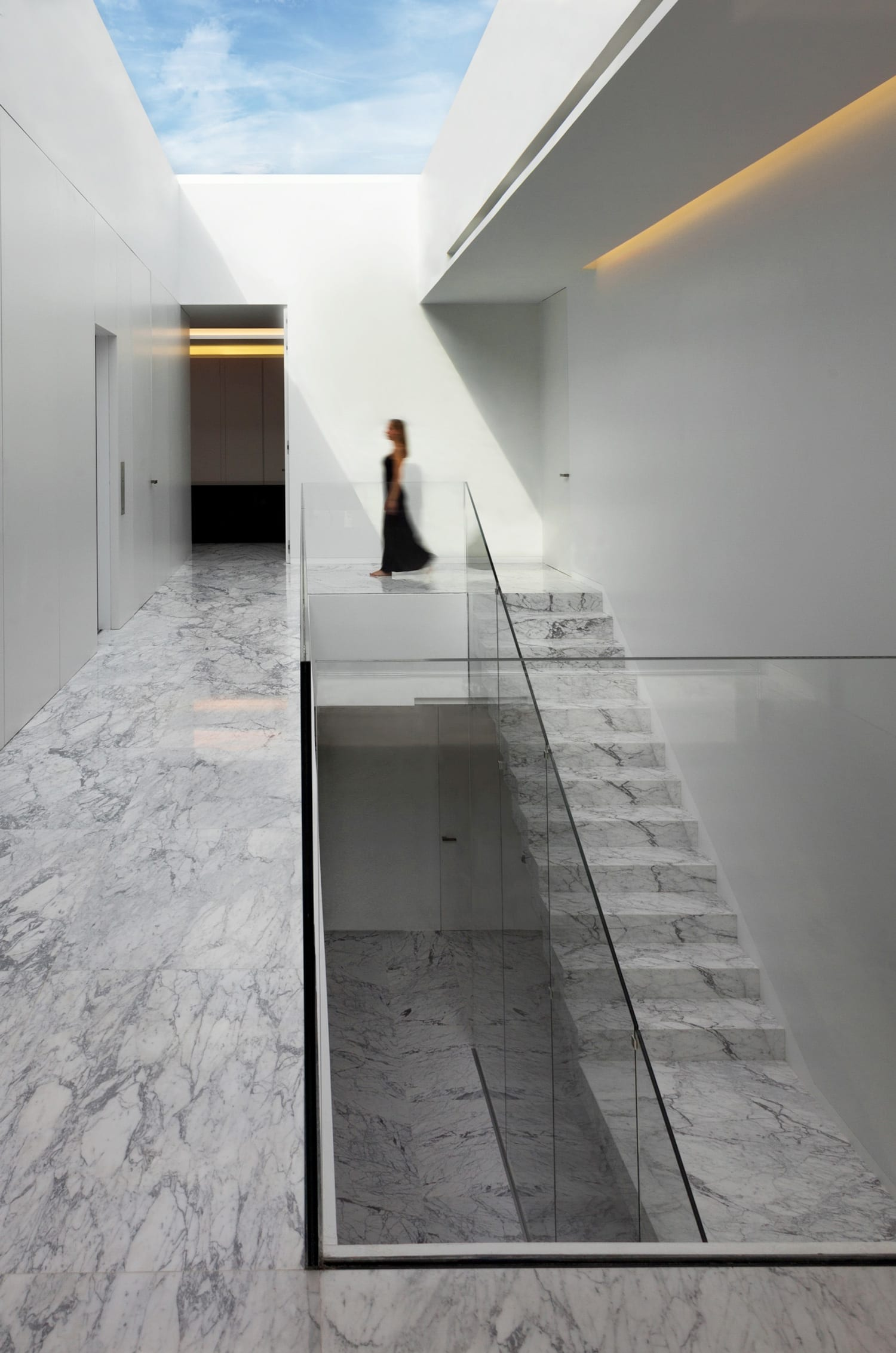 Aluminum House in Madrid by Fran Silvestre Arquitectos | Yellowtrace