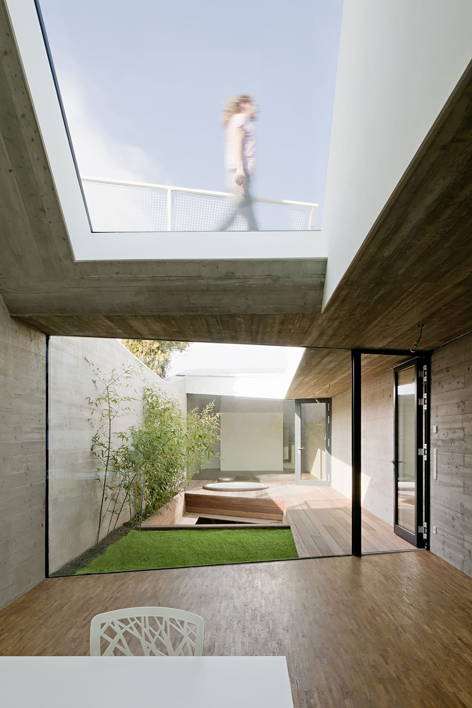 CJ5 House by Caramel Architekten | Yellowtrace