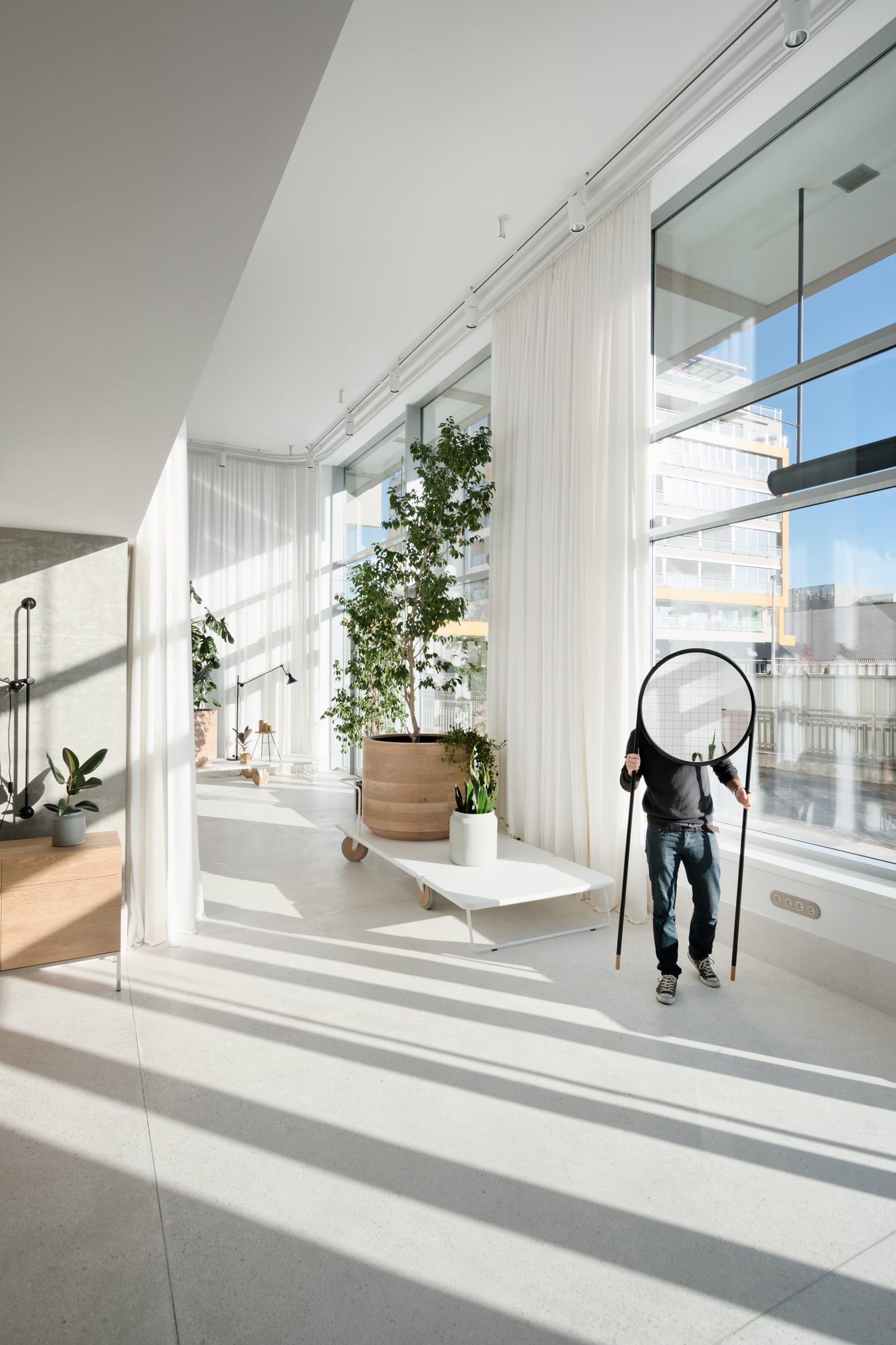 Gir Design Showroom in New Belgrade, Serbia by Studio AUTORI | Yellowtrace