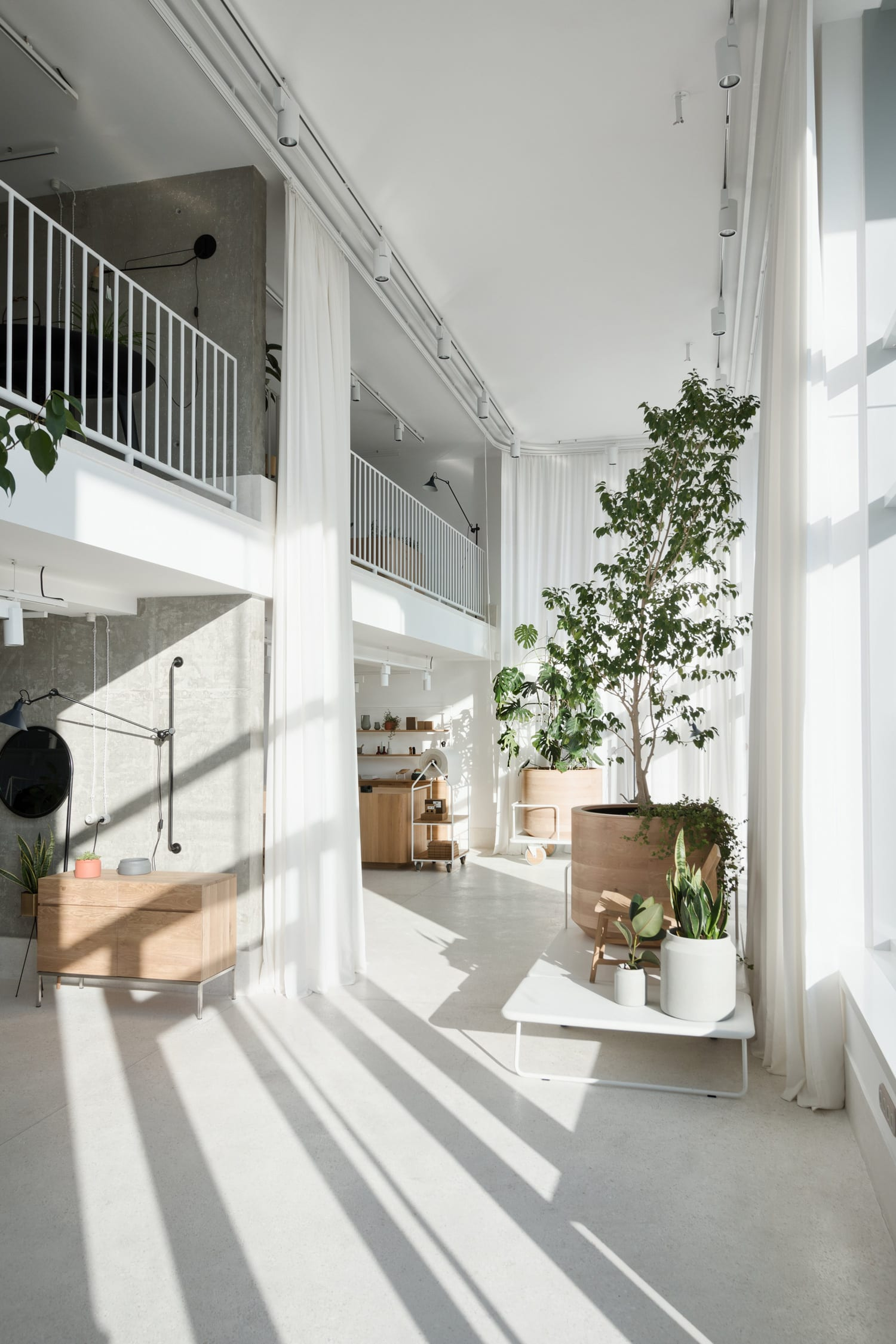 Gir Design Showroom in New Belgrade, Serbia by Studio AUTORI | Yellowtrace