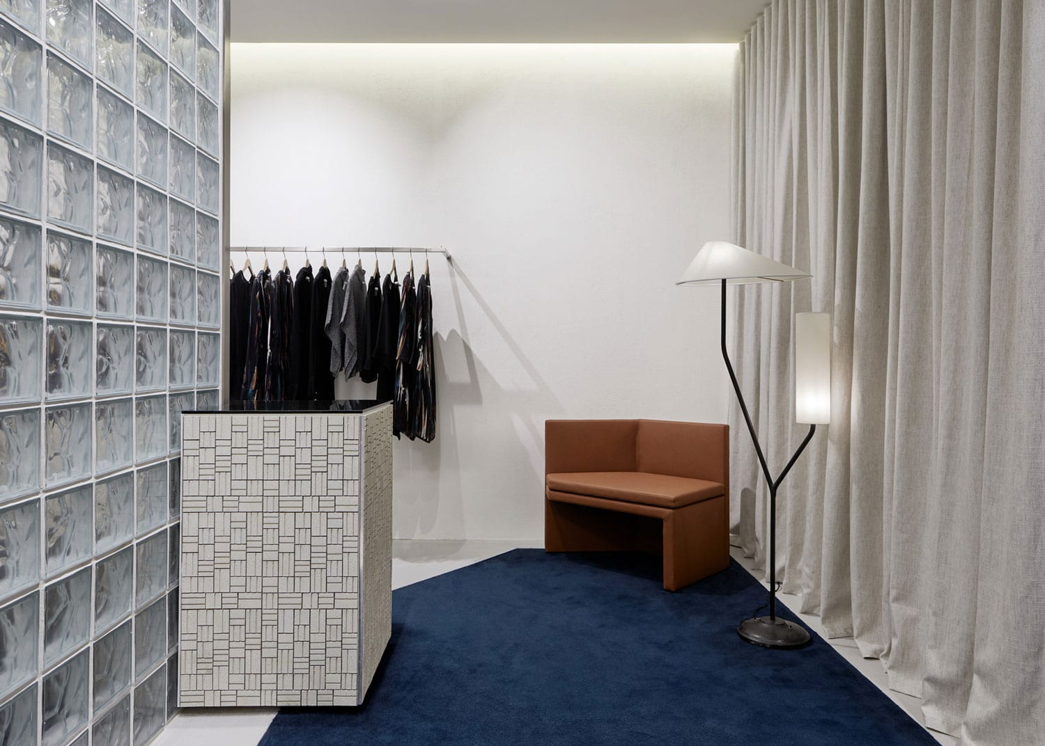 LIFEwithBIRD Store in Sydney's Bondi Junction by Studio Wonder | Yellowtrace