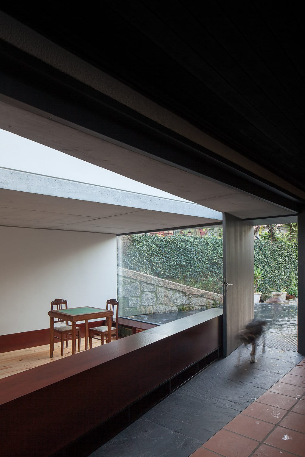 Sala em Pala by Nuno Melo Sousa | Yellowtrace