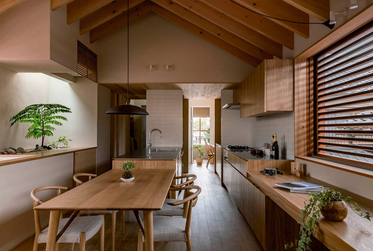 Warm minimalism shoei house in japan by hearth architects for Case in stile giapponese