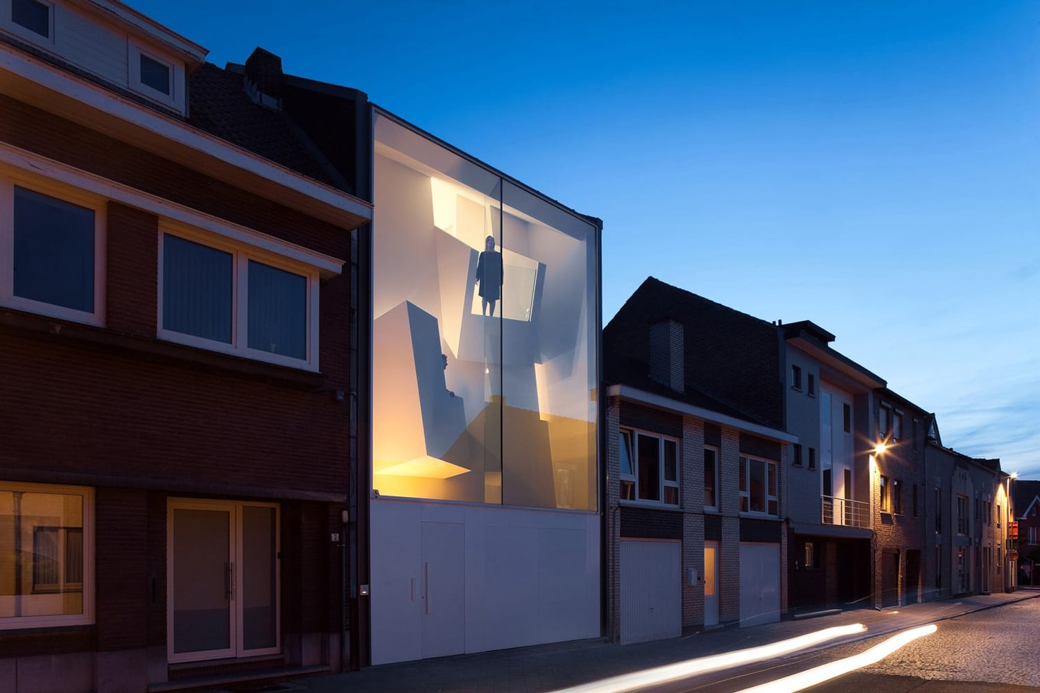 The Narrow House in Belgium by Bassam El Okeily | Yellowtrace