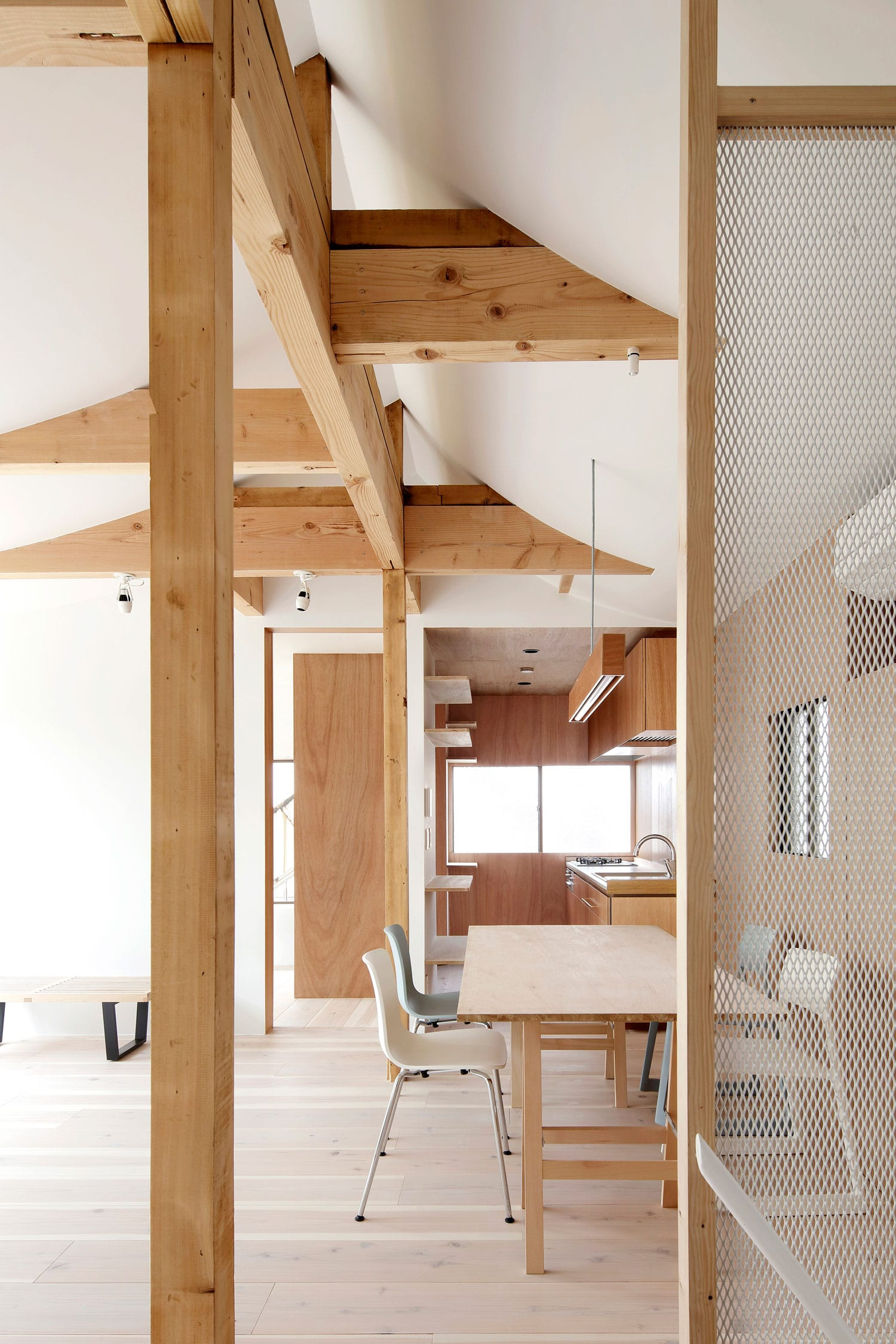 House For Four Generations in Tokyo, Japan by tomomi kito architect & associates | Yellowtrace