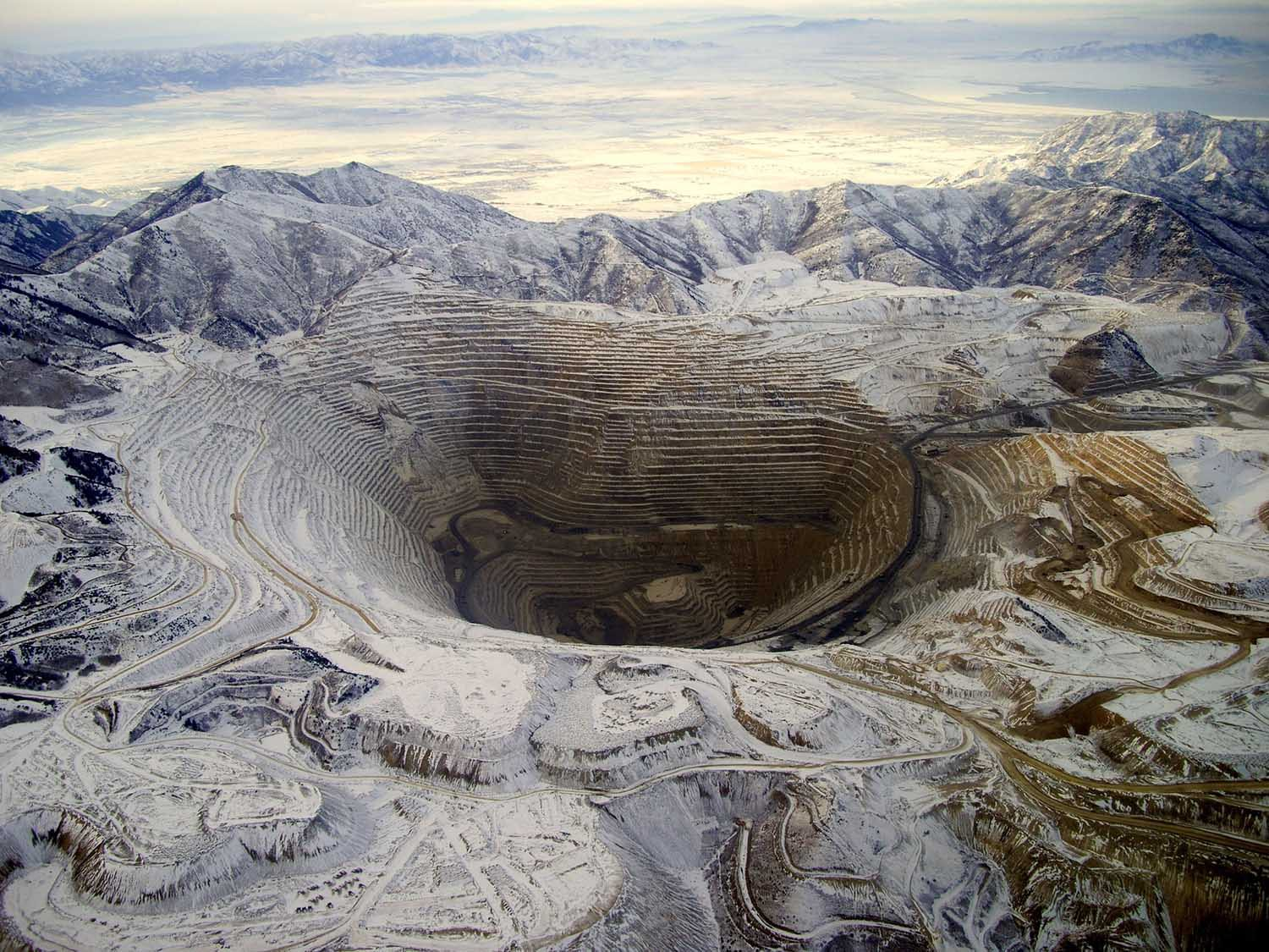 Bingham Canyon Mine Utah by Michael Lynch | Yellowtrace