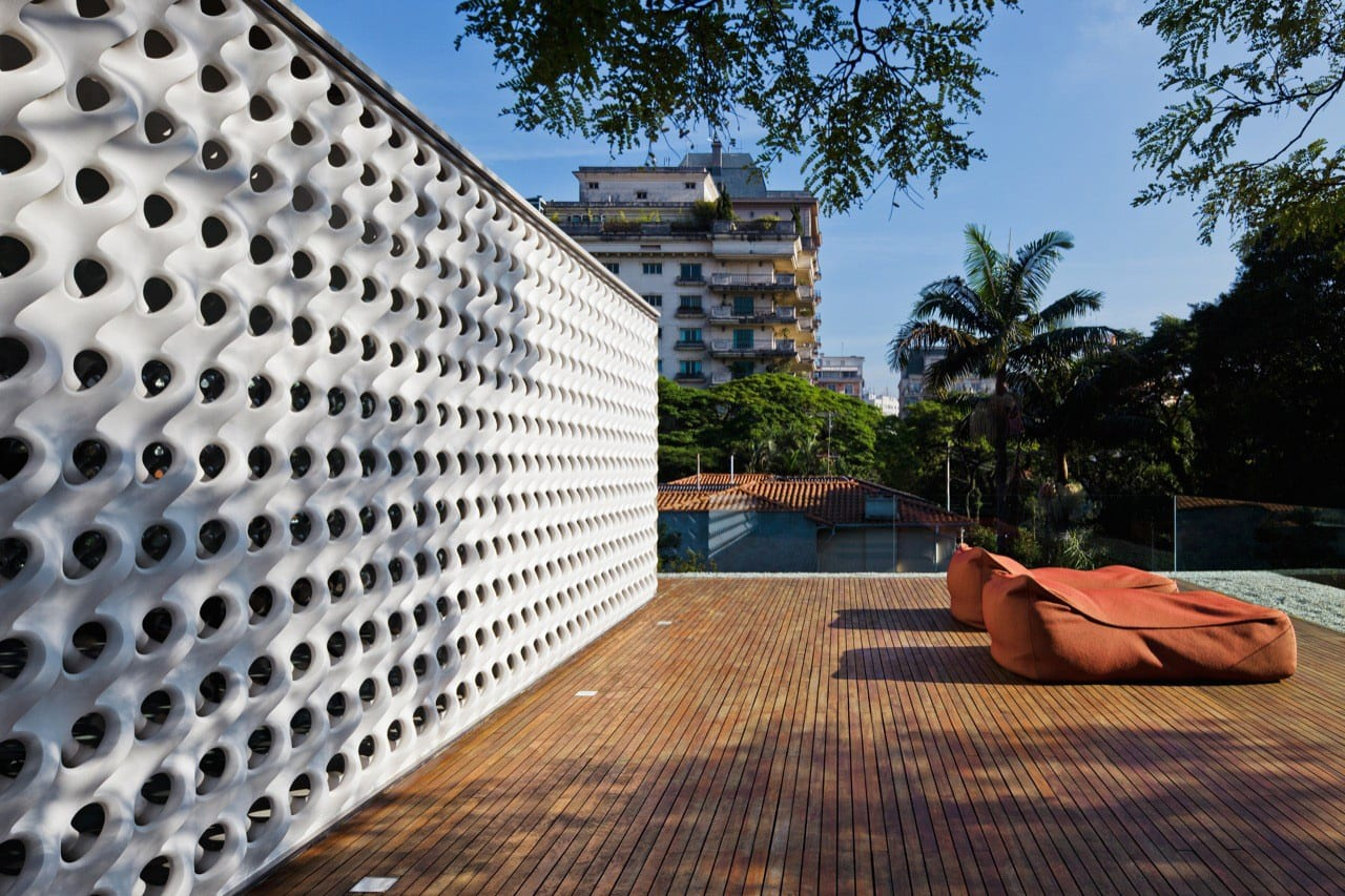 Cobogo House in Sao Paulo, Brazil by Studio MK27 - Marcio Kogan | Yellowtrace