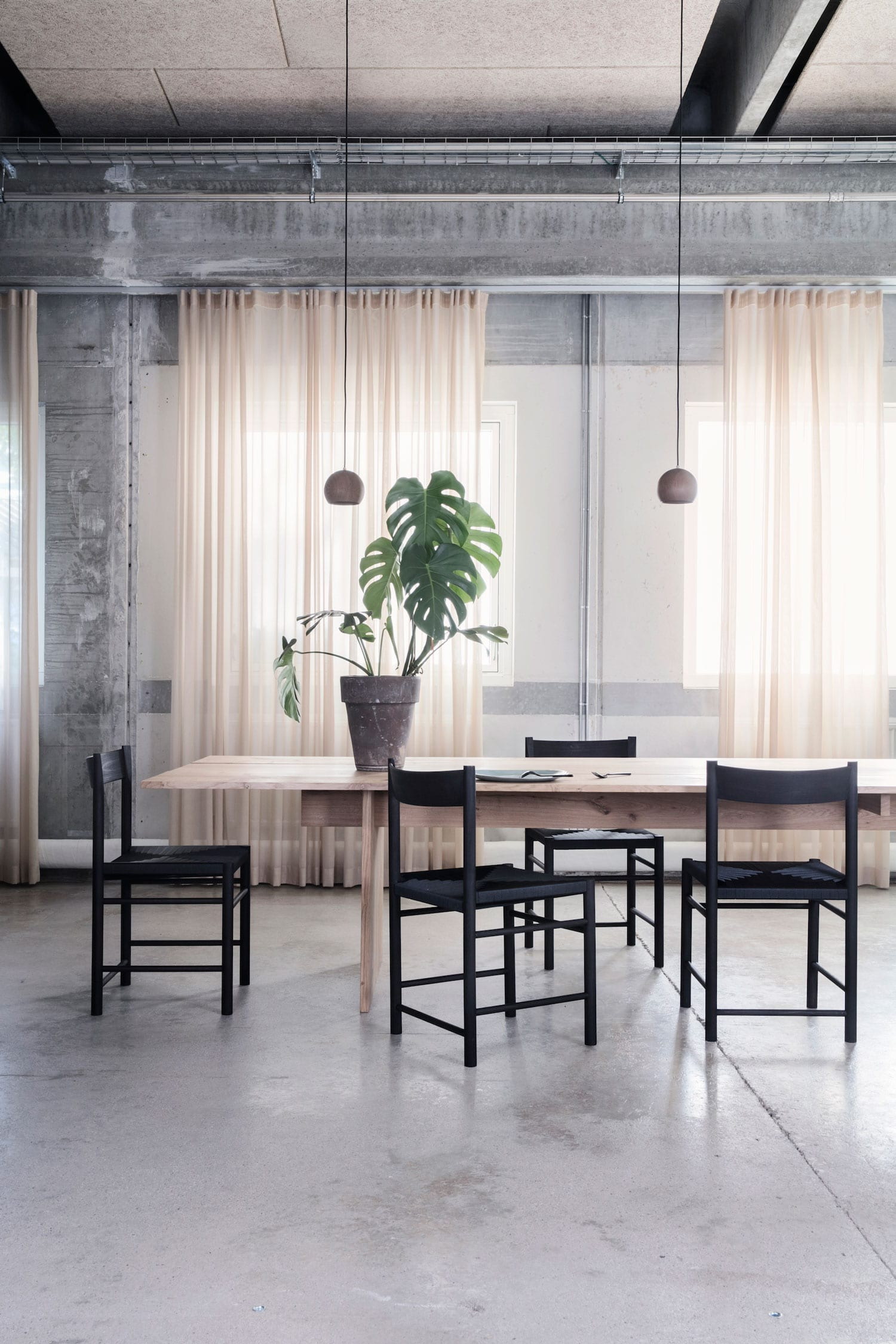 F Chair for Brdr Kruger at IMM Cologne 2018 | Yellowtrace