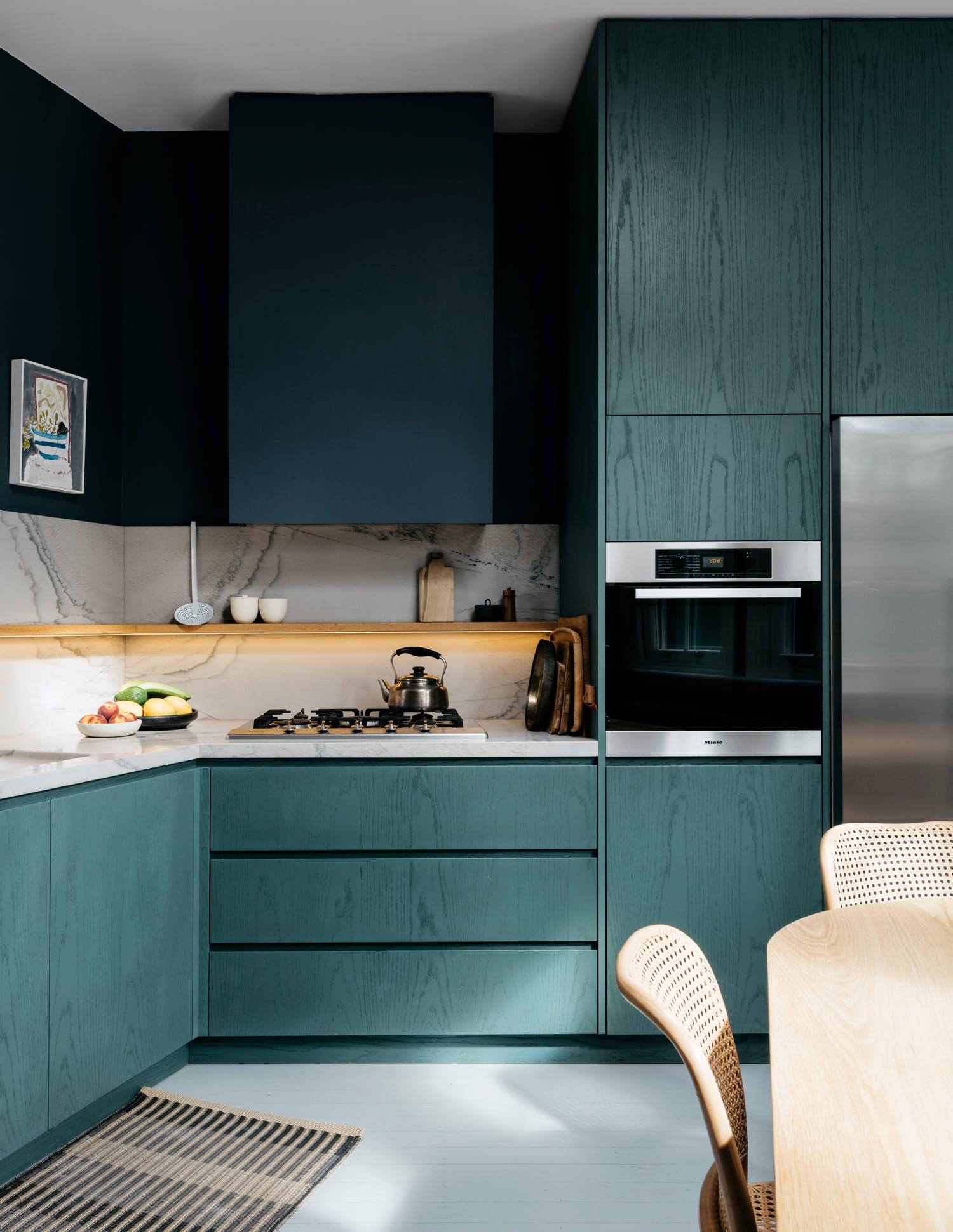 Jonathan richards own residence in sydney s darlinghurst for Kitchen renovations centurion