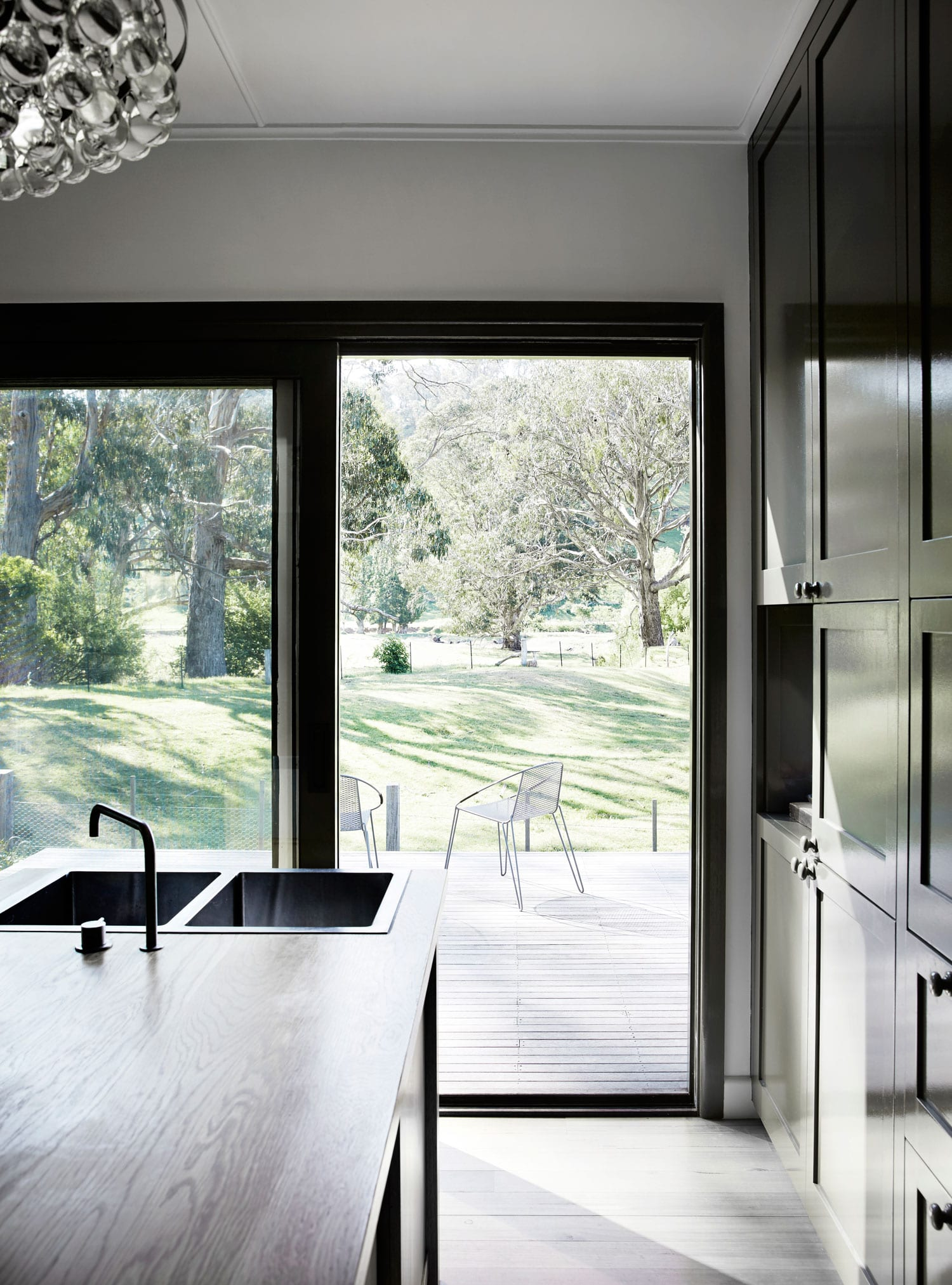 Long Lane by Templeton Architecture. Photo by Sharyn Cairns | Yellowtrace