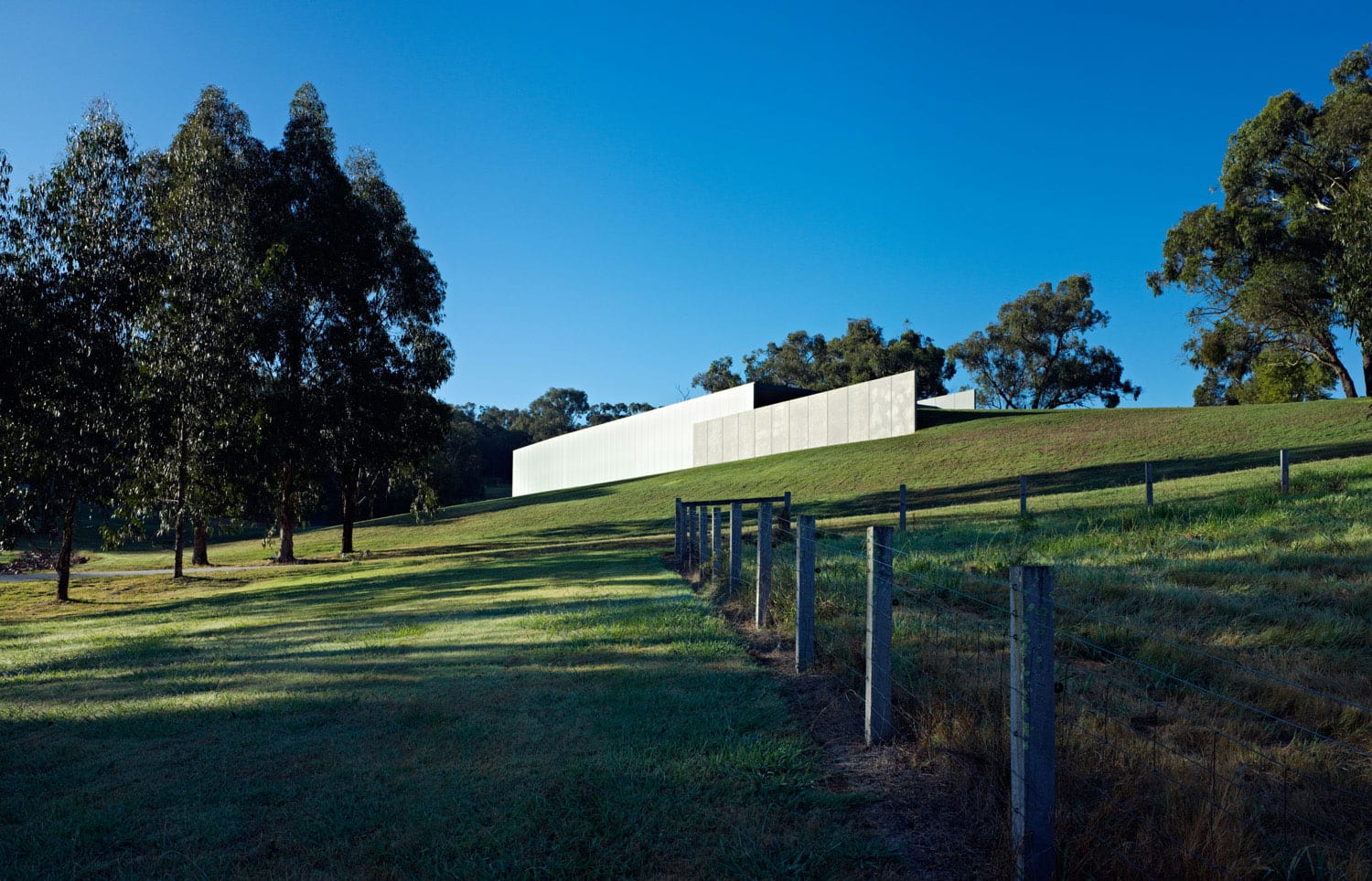Medhurst Winery by FOLK Architects. Photography by Peter Bennetts | Yellowtrace