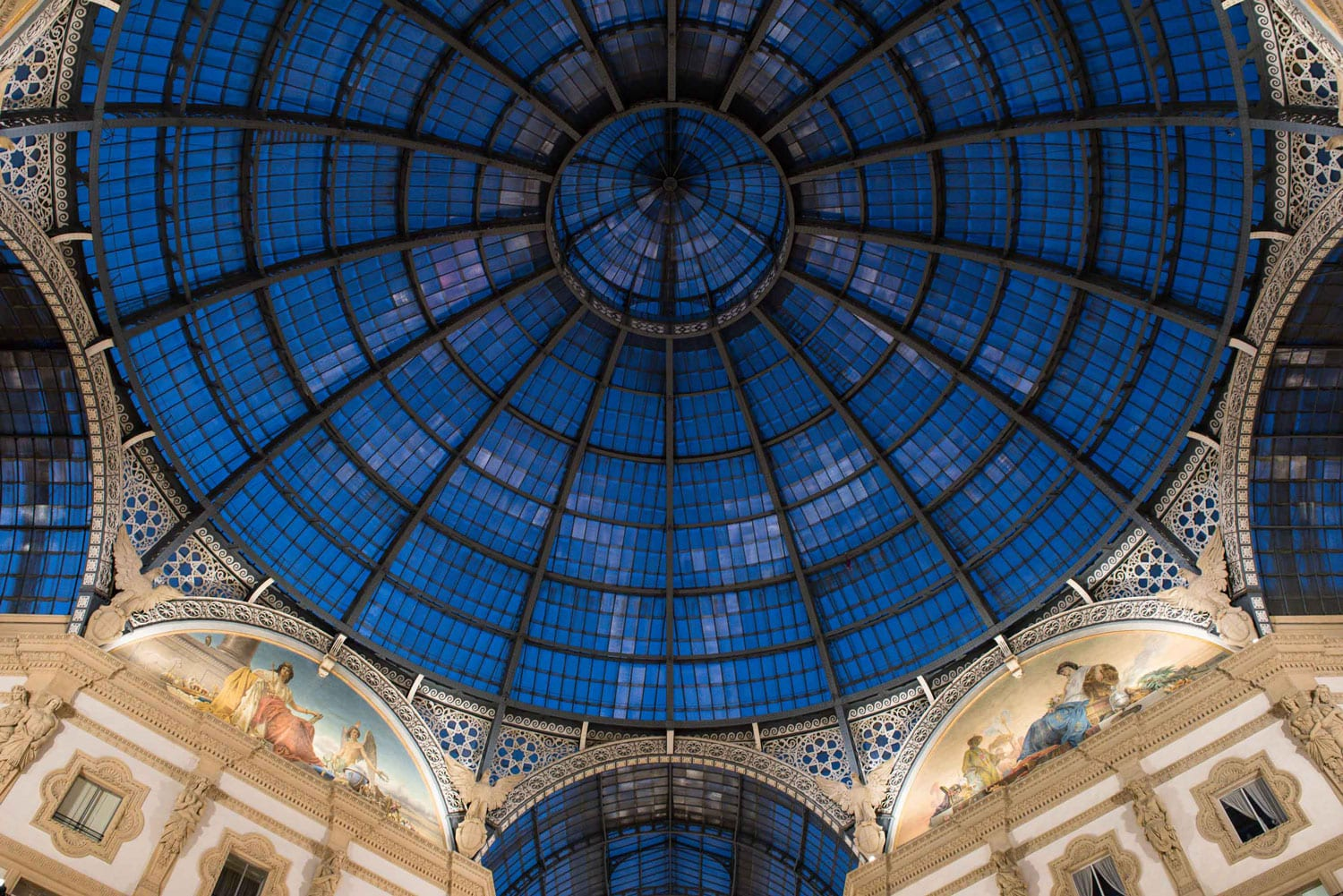 Milan's Galleria Vittoria Emanuele at night, Photo © Nick Hughes / Yellowtrace | #Milantrace2017