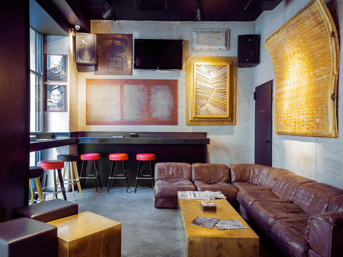 Bar Straf | Yellowtrace