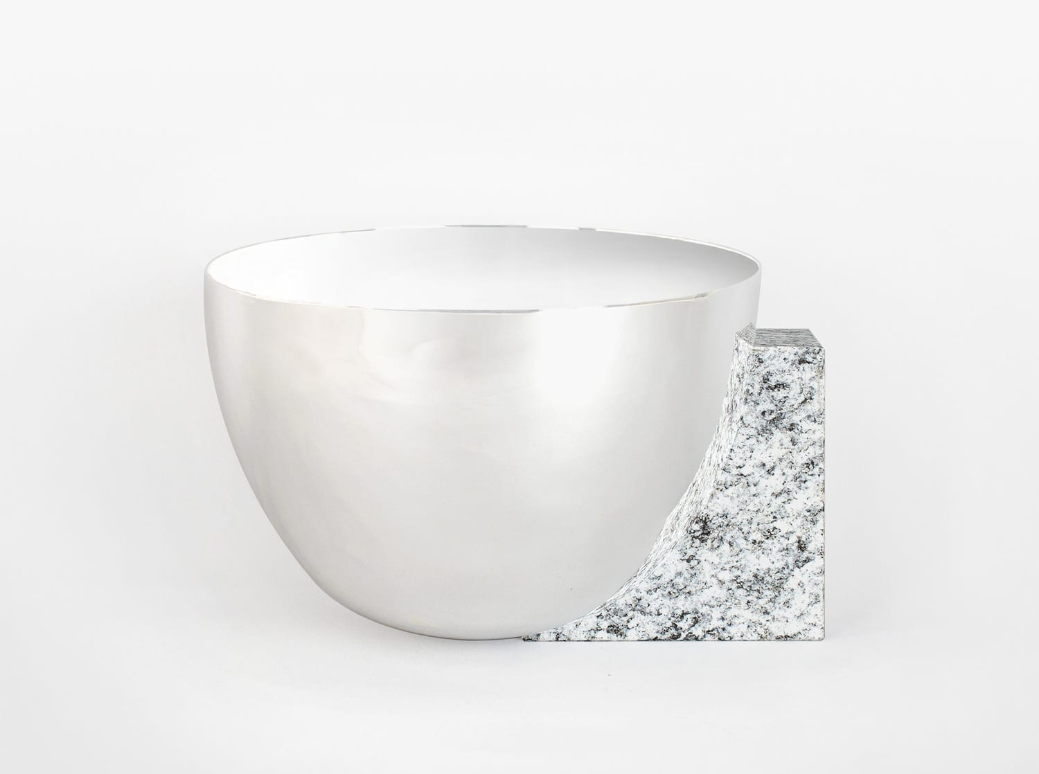 Clivage Round Bowl by Jinsik Kim | Yellowtrace