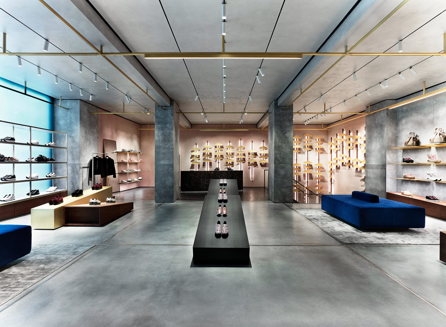 Hogan Store Milan by Checkland Kindleysides | Yellowtrace
