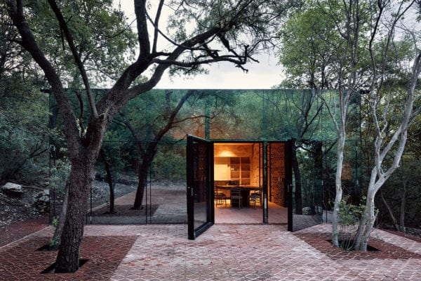 Holiday House in Monterrey, Mexico by Tatiana Bilbao | Yellowtrace