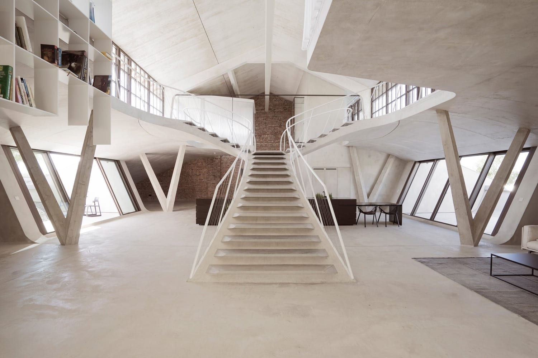 Loft Panzerhalle in Salzburg, Austria by Smartvoll Architects   Yellowtrace