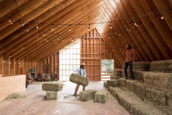Swallowfield Barn in Langley, BC, Canada by MOTIV Architects | Yellowtrace