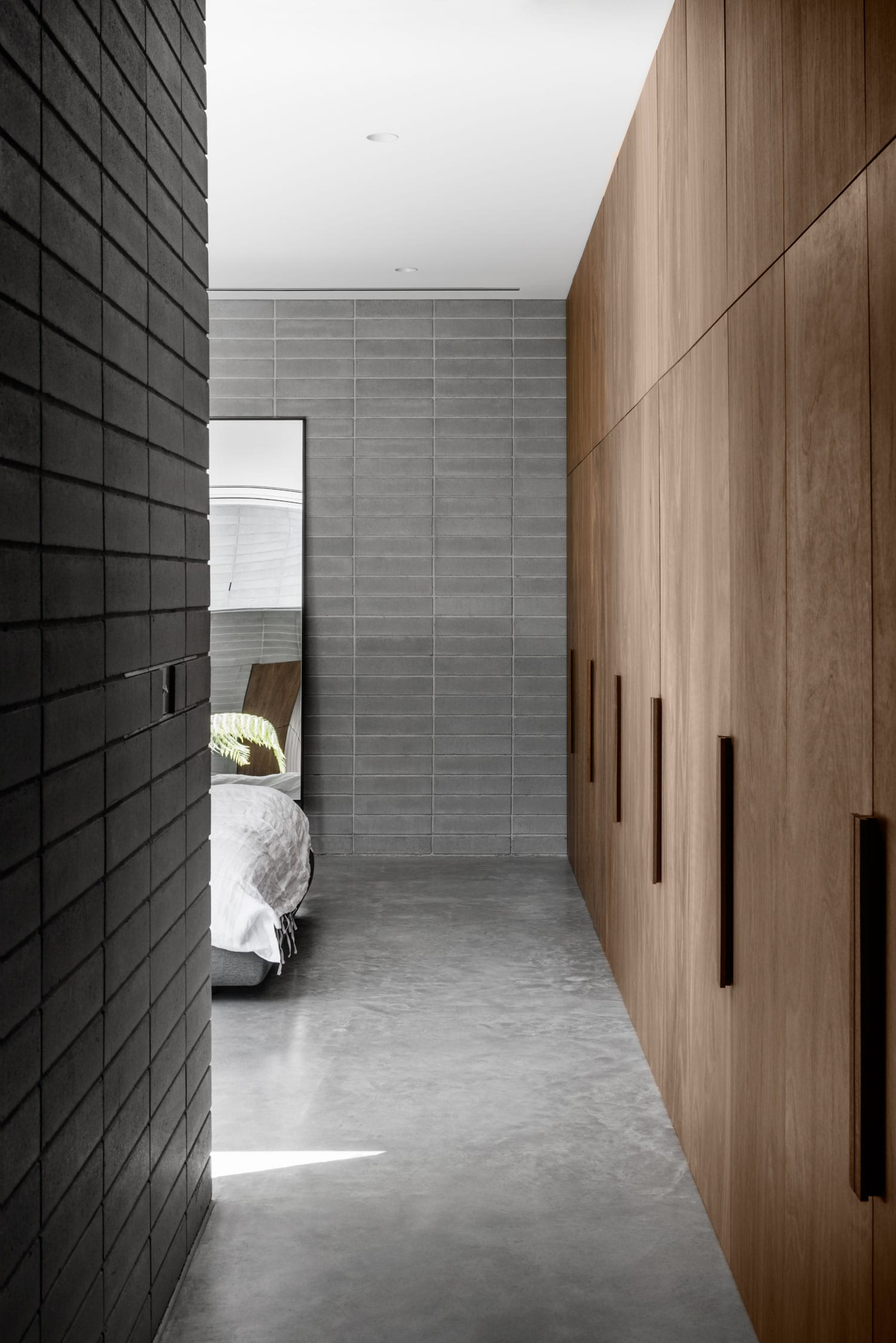 Highbury Grove House by RITZ&GHOUGASSIAN | Yellowtrace
