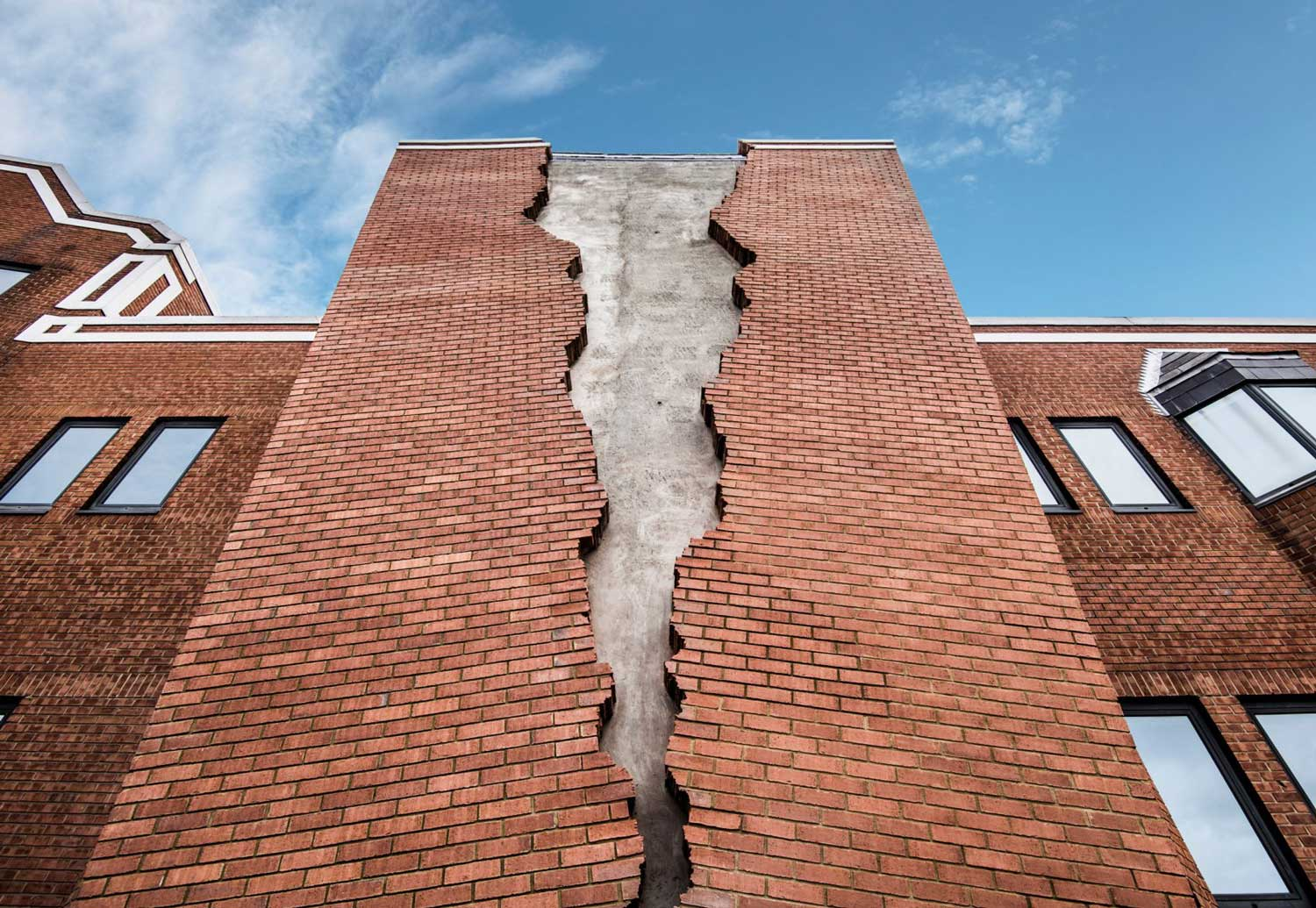 Six Pins and half a dozen needles by Alex Chinneck | Yellowtrace