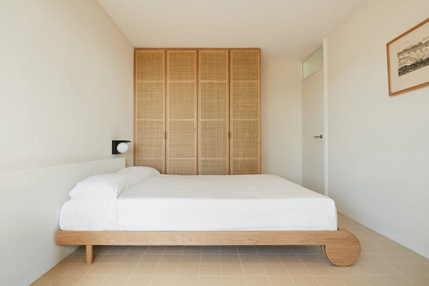Beechside Apartment in Freshwater, Sydney by Olivia Bossy | Yellowtrace