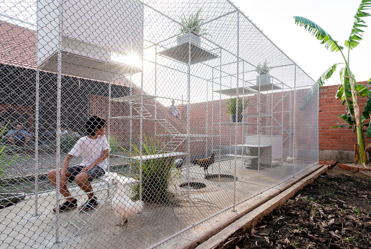 Chicken House in Vietnam by Tropical Space | Yellowtrace