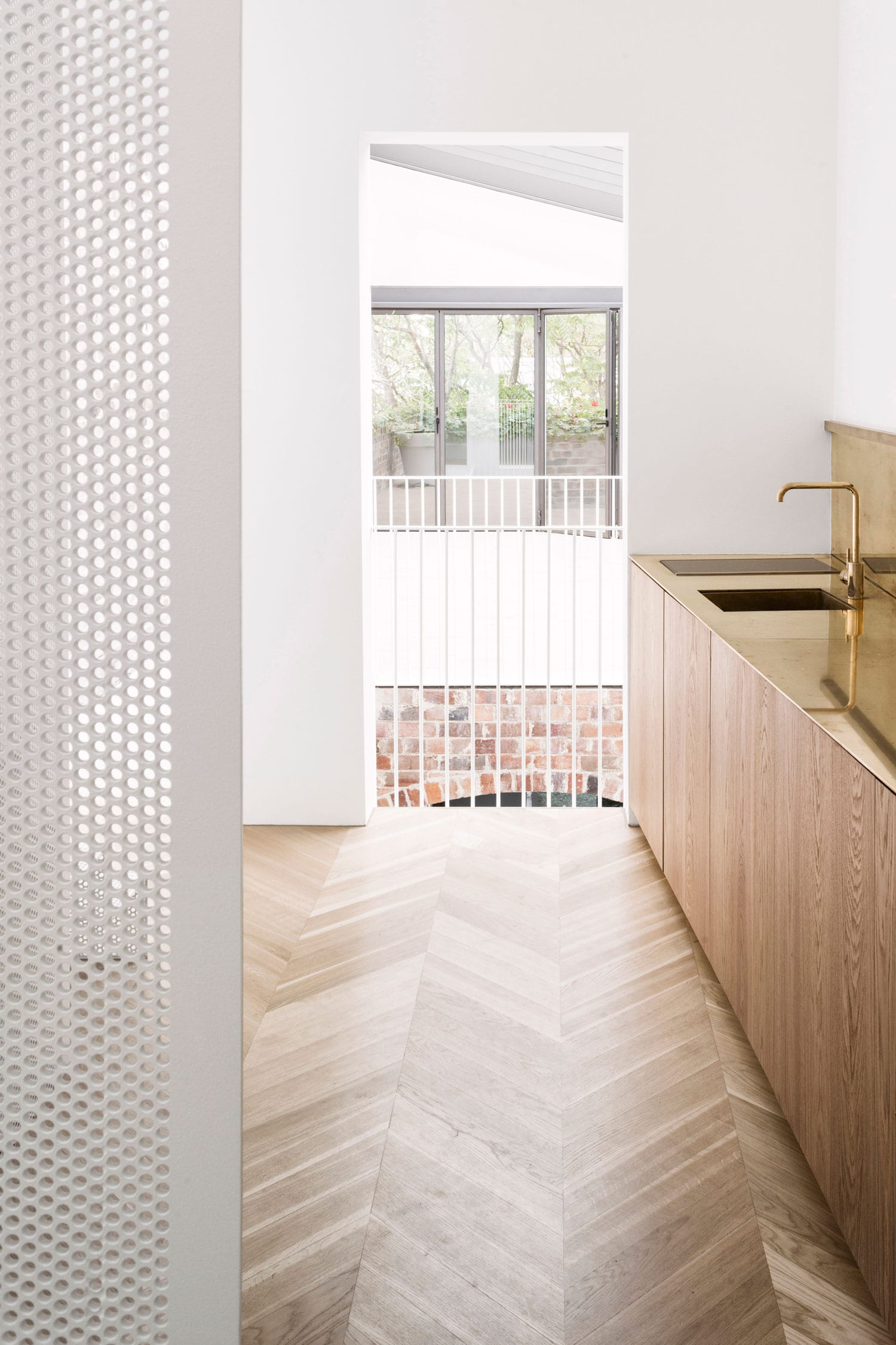 Italianate House in Surry Hills by Renato D'Ettorre Architects | Yellowtrace