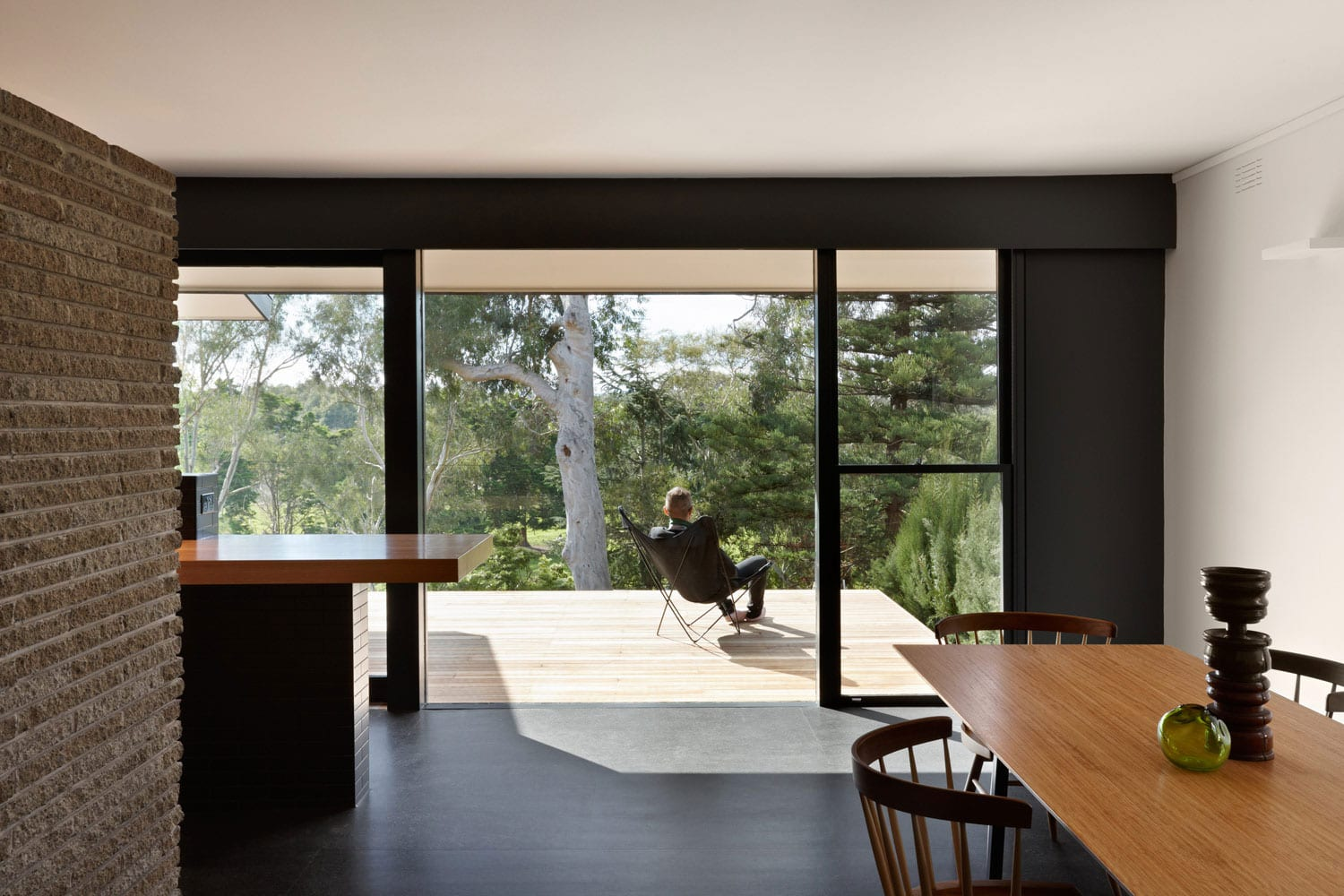 Stepped House by Russell & George | Yellowtrace