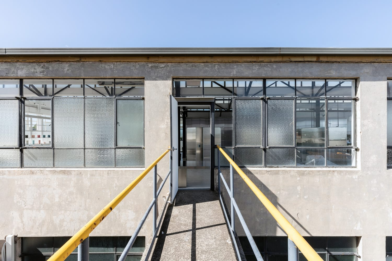 Usfin Atelier: Genderless Hair Salon in St Peters by George Livissianis   Yellowtrace