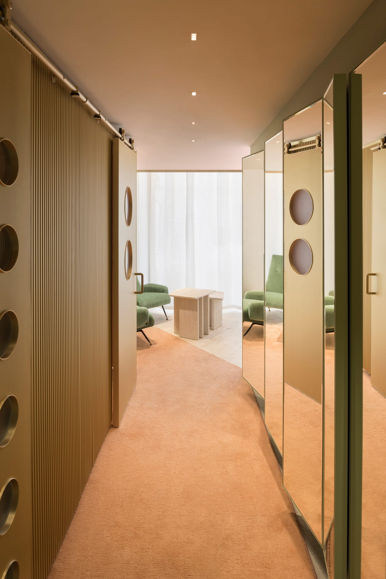 Forte Forte boutique in Milan by art director Robert Vattiliana | Yellowtrace