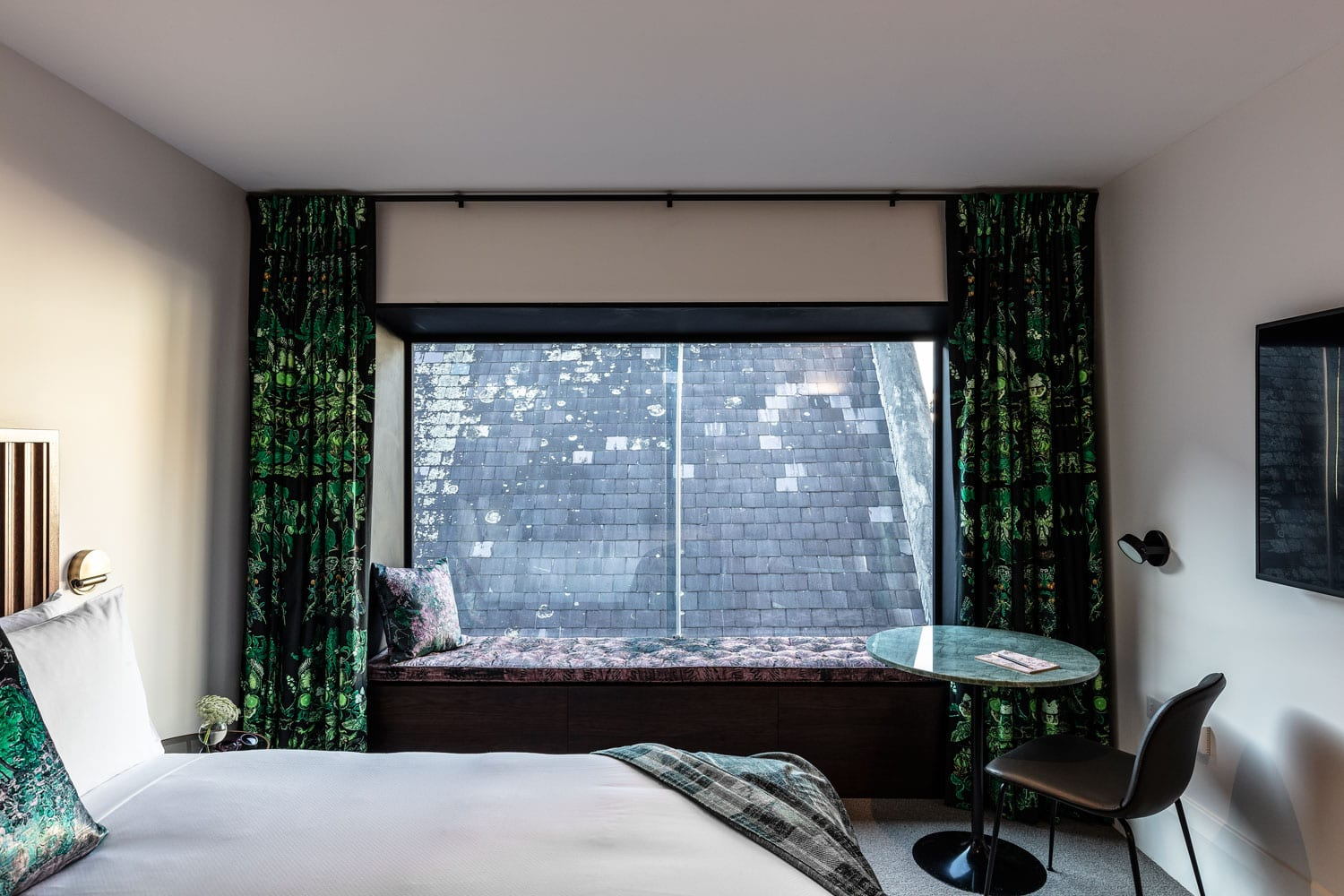 Little Albion Guesthouse in Surry Hills by Cressida Kennedy & Connie Alessi | Yellowtrace