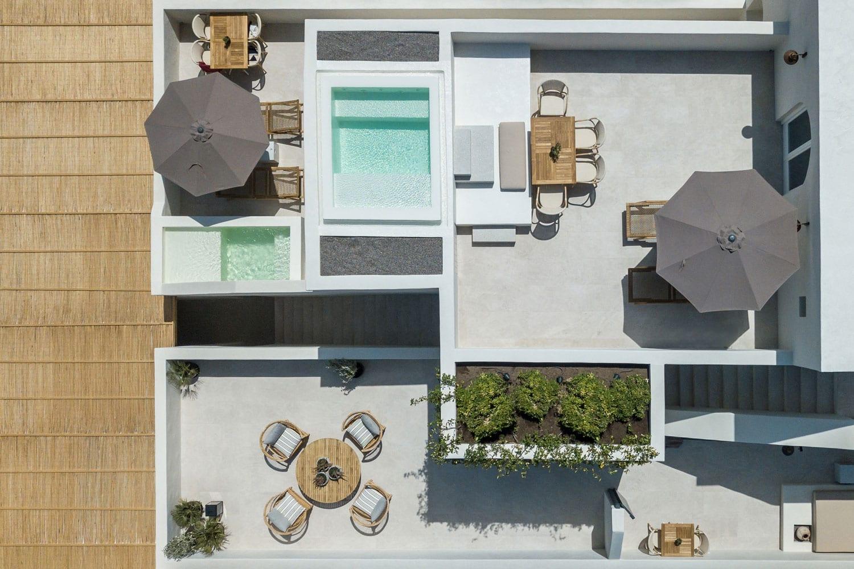371e405f012fd ISTORIA Hotel in Santorini by Interior Design Laboratorium | Yellowtrace