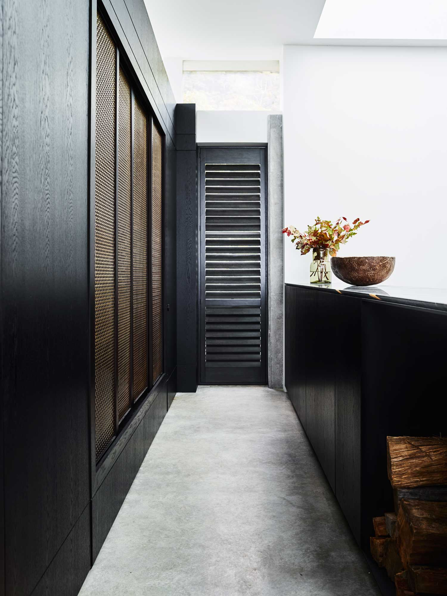 Killcare House by Decus Interiors   Yellowtrace