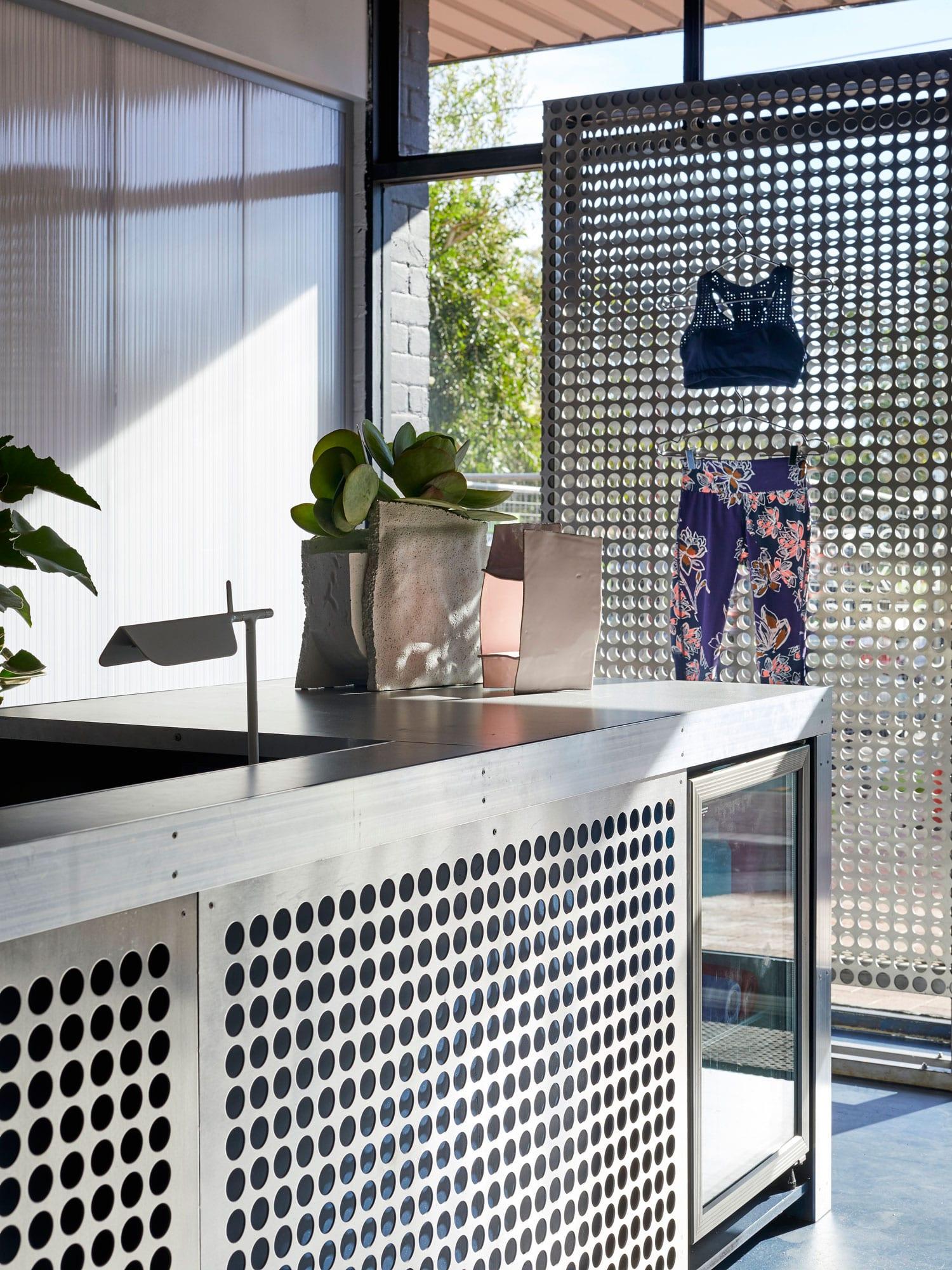 LA Fit Studio by Ohlo Studio | Yellowtrace