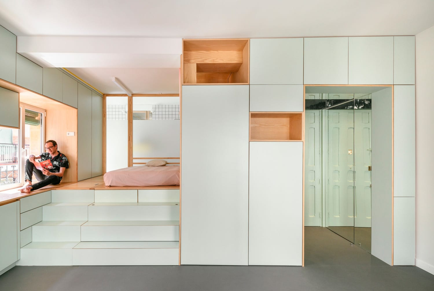 Small Apartment Renovation in Madrid, Spain by Elii ...