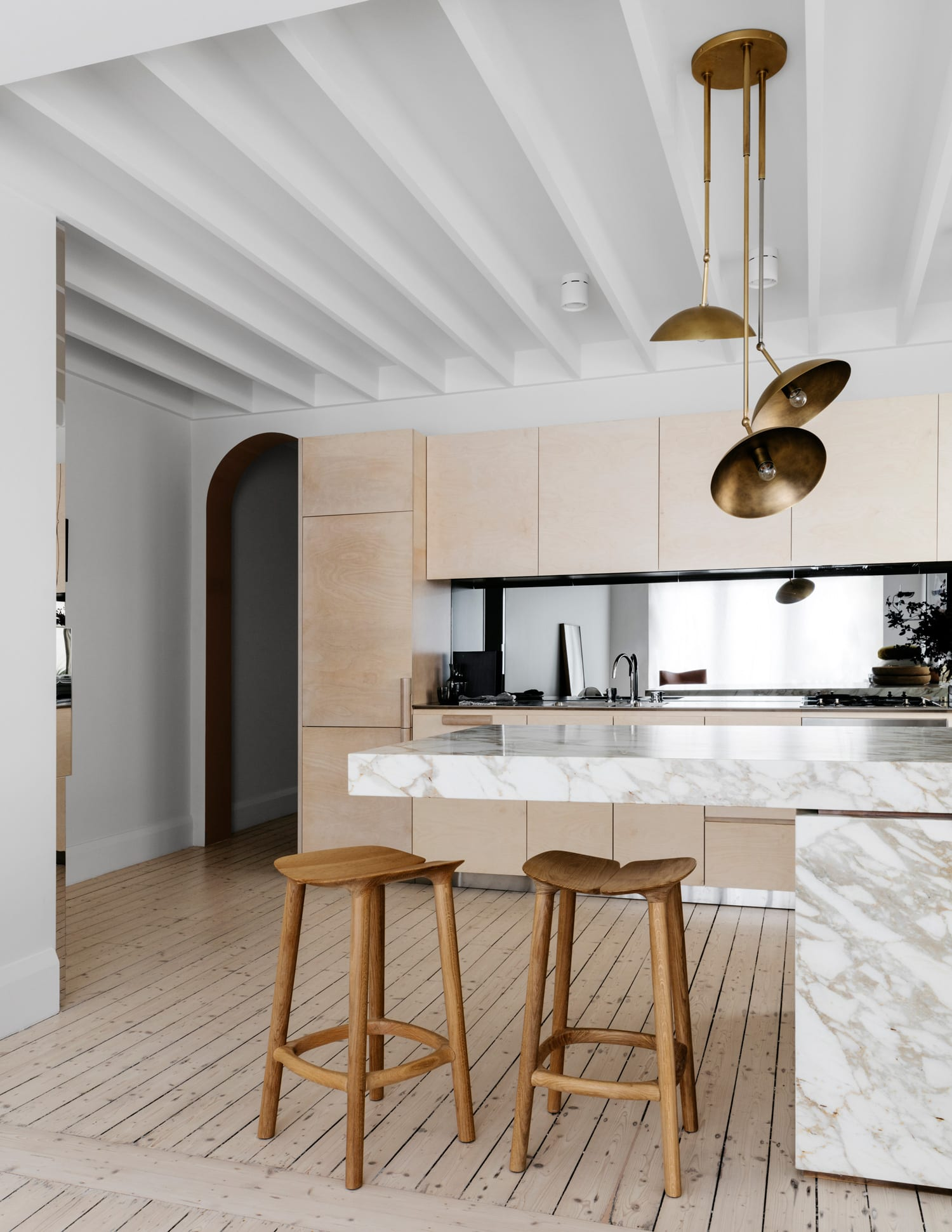 Tamarama Home by Decus Interiors   Yellowtrace