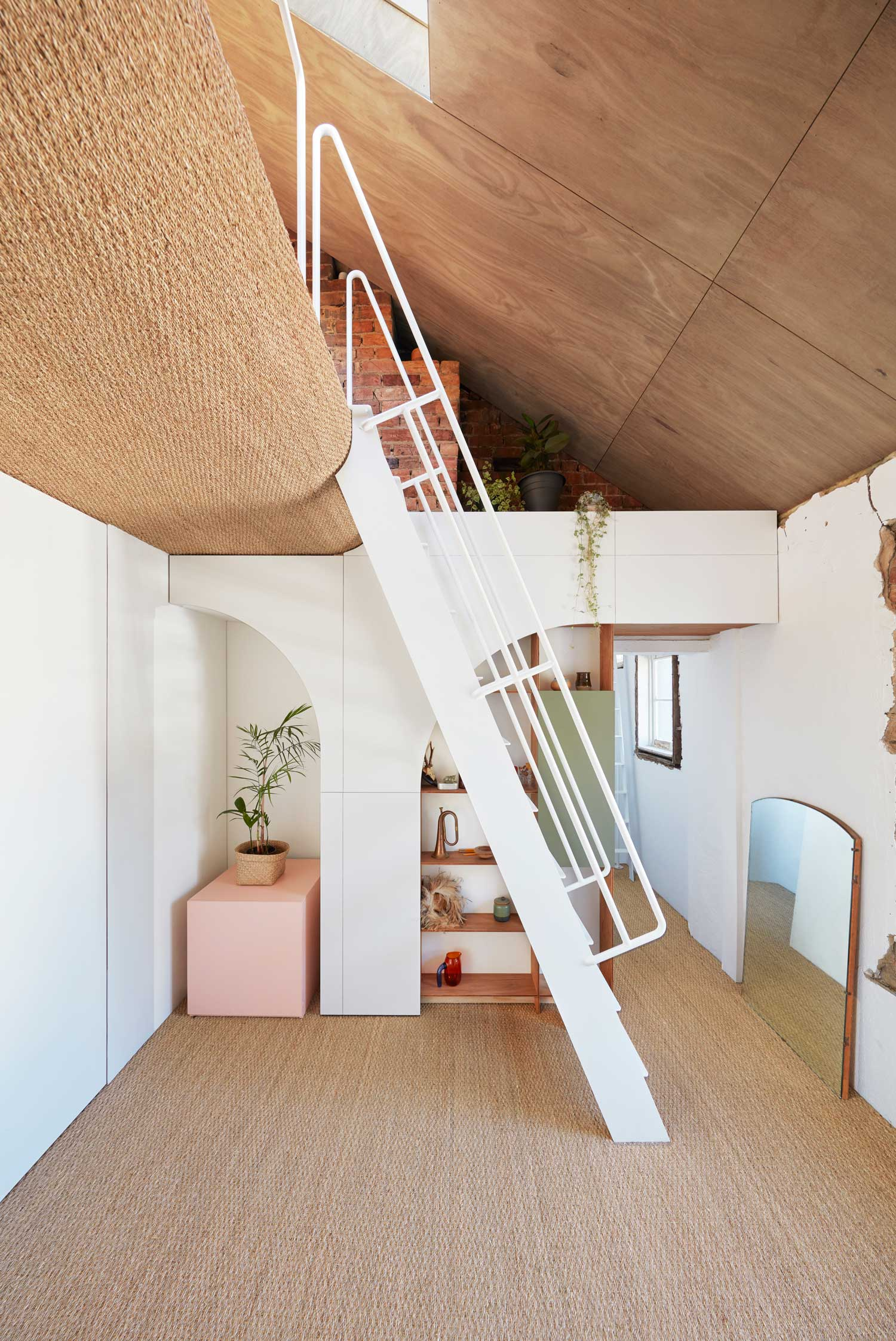 Hoa's House: Conversion of a 150-year-old Melbourne Pub by ioa-studio   Yellowtrace
