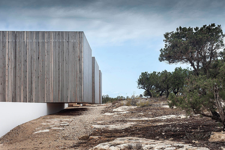Bosc d'en Pep Ferrer: House on Formentera Island, Spain by Marià Castelló Martínez | Yellowtrace
